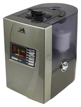 Увлажнитель воздуха Атмос 2720Ультразвуковые<br> <br>Увлажнитель воздуха Атмос-2720 имеет кубический дизайн, который подойдет к любому интерьеру, и цифровой дисплей. Аппарат также оснащен форсункой распылителя, которая вращается на 360 градусов. Прибор имеет заклепки водяного резервуара, что делает удобным его перемещение по комнате. На увлажнителе установлен картридж с ионообменным компонентом, который смягчает воду и предупреждает появление налета на предметах вокруг увлажнителя.<br>Принцип работы ультразвукового увлажнителя<br>Работа прибора заключается в эффективном увеличении и регулировании относительной влажности в помещении. Также устройство обеспечивает снижение или даже устранение электростатических зарядов. Самый простой и эффективный способ быстро создать комфортный микроклимат в помещении   это ультразвуковое увлажнение. Аппарат с помощью УФ-мембраны разбивает воду на самые мелкие частицы, которые распыляются вентилятором в виде тумана. Таким образом обеспечивается равномерное распределение влаги по помещению, что способствует качественному увлажнению воздуха.<br>Увлажнитель воздуха АТМОС-2720 имеет следующие особенности:<br><br>ЖК-дисплей, на который выводится информация по текущему уровню влажности воздуха<br>Горячий пар<br>Регулировка мощности испарения<br>Гигрометр, автоматически поддерживающий заданную влажность в помещении<br>3 интеллектуальных режима работы <br>Таймер программирования работы до 12 часов вперед<br>Ночная подсветка<br><br> <br>Функция регулировки производительности позволяет осуществлять настройку продуктивности холодного пара, который вырабатывается увлажнителем. Таким образом вы сможете подбирать подходящую производительность в соответствии с условиями микроклимата в вашем помещении.<br><br>Прибор удобен в использовании благодаря специальному дисплею и режиму индикации температуры и влажности. Установлен гигрометр, который позволяет автоматически следить за влагой в помещении и имеет ручную настройку.<br>Благодаря функции автомат