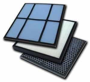 Комплект фильтров для очистителя-увлажнителя воздуха  Атмос МАКСИ-300Фильтры и аксессуары<br> <br>Комплект состоит из:<br><br>антибактериального хитозанового фильтра   производит антибактериальную обработку воздуха, защищает НЕРА фильтр от быстрого загрязнения;<br>SKY BIO HEPA фильтра - высокоэффективного фильтра со степенью очистки 99,975% (задерживает мелкую пыль и аллергены);<br>Угольного фильтра   улавливает неприятные запахи и летучие соединения.<br><br>Обслуживание фильтров состоит из очистки от пыли по мере загрязнения. Срок службы фильтров составляет от 6 до 12 месяцев.<br><br>Страна: Германия<br>Площадь, кв.м.: None<br>Расход воздуха, куб.м/ч: None<br>Мощность, кВт: None<br>Шум, дБА: None<br>Вес, кг: 1<br>Габариты, мм: None<br>Гарантия: 1 год