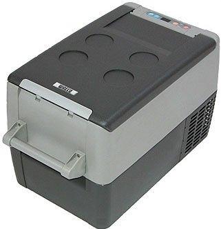 Компрессорный автохолодильник Waeco-Dometic CoolFreeze CF-3531-40 литров<br>Переносной компрессорный автохолодильник Waeco CoolFreeze CF-35 предназначен для эксплуатации на отдыхе, в походах или путешествиях. Оборудование оснащено уникальным маленьким герметичным компрессором переменного тока. Производителем также предусмотрена специальная защитная система от перепадов напряжения.<br><br>Страна: Германия<br>Объем, л: 31<br>Мощность, Вт: 45<br>Питание, В: 12/24/110/220<br>Max температура, C:: +10<br>Min темп., C: 18<br>Кабель питания: Есть<br>Назначение: Легковой автомобиль<br>Габариты ВxШxД, мм: 385x360x580<br>Вес, кг: 15<br>Гарантия: 3 года