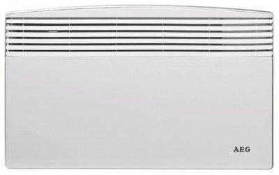 Конвектор электрический Aeg WKL 3003 S30 м? - 3.0 кВт<br>Для обогрева помещений отлично подходит конвектор WKL 3003 S. В основном он применяется для полного обогрева ванных комнат, а также в качестве дополнительного источника тепла в гостинных. Вырабатываемая мощность составляет 3 кВт.<br>Особенности:<br><br>Нагревательный элемент   ТЭН из нержавеющей стали с алюминиевым теплообменником<br>Термостат обеспечивает диапазон регулировки температуры от +5  С до +30  С, с точностью до 1  С<br>Прибор оснащен встроенной защитой от перегрева<br>Режим  антизамерзания <br>II класс электрозащиты позволяет подключать прибор к электросетям без контура заземления<br>Устойчив к перепадам напряжения   от 150 до 242 В<br>Простота монтажа и демонтажа позволяет применять его во временных системах отопления<br>Компактные габариты прибора позволяют монтировать его в ограниченном пространстве<br>Класс защиты: IP 24 (защита от брызг воды)<br>Гарантия   5 лет<br><br> <br>Конвектор AEG WKL 3003 S предназначен для полного обогрева ванных комнат, а также в качестве дополнительного источника тепла для гостинных. Инженеры компании AEG изготавливают прибор из самых высококачественных материалов. Данная особенность полностью исключает таких непредвиденных оюстоятельств, как внезапная нелепая поломка при коротком сроке эксплуатации. Таким образом купив этот конвектор, Вы долго и счастливо будете ощущать на себе тепло и комфорт, а также избежите походов в сервисные центры и трату денег на ветер.<br><br>WKL 3003 S устанавливается на стену в горизонтальном положении. Это очень удобно в эксплуатации, по-скольку он не будет мешаться у Вас под ногами, а спокойно будет висеть на стене в сторонке и обогревать Ваше помещение. Принцип работы заключается в захватывании воздуха снизу, пропуск его через трубчатый электрический нагреватель и с последующем выдуве через решетку, но уже в горячем виде. ТЭН изготовлен из нержавеющей стали, что также влияет на надежность и долговечность прибора, по-скольку исключает 