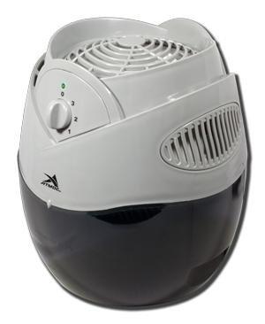 Увлажнитель воздуха Атмос Аква-2800Традиционные<br>Увлажнитель Атмос Аква-2800 относится к типу обычных устройств для увлажнения и очистки воздуха. Вентилятор в корпусе прибора продувает и пропускает воздушный поток через фильтр фитильного вида, который непрерывно находится во влажном состоянии, освежая помещение и сразу улучшая качество воздуха. Процесс происходит за счет естественного холодного испарения воды. Прибор предназначен для рационального увлажнения воздуха.<br> <br>Принцип работы увлажнителя<br>Принцип работы прибора заключается в естественном холодном испарении. При заполнении устройства водой поплавковый выключатель поднимается вместе с повышением уровня воды. И, когда резервуар заполняется до максимума, поплавок закрывает приемную горловину устройства. Установленный в приборе увлажняющий фильтр является антибактериальным и впитывает в себя воду. За счет капиллярного эффекта он непрерывно находится в увлажненном состоянии. Вентилятор прогоняет сухой воздушный поток через испарительные отделы прибора, и из устройства он выходит уже увлажненным. Благодаря приданию воздуху подходящего направления постоянное увлажнение можно обеспечивать при любом уровне воды. Поэтому прибор гарантирует наилучшую влажность воздуха без дополнительных систем управления.<br>Увлажнитель воздуха Атмос Аква-2800 имеет следующие особенности:<br><br>Ионизация, стерилизация испарения<br>Регулировка мощности испарения<br>Малое потребление электроэнергии и низкий уровень шума<br>Простота в использовании<br><br> <br>Функция регулировки производительности позволяет осуществлять настройку продуктивности холодного пара, который вырабатывается увлажнителем. Таким образом вы сможете подбирать подходящую производительность в соответствии с условиями микроклимата в вашем помещении.<br><br>С функцией автоматического выключения вам не придется следить за прибором, потому что, если уровень воды дойдет до критического уровня, увлажнитель отключится автоматически.<br>Атмос Аква-2800 имеет совреме