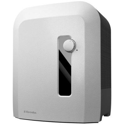 Мойка воздуха Electrolux EHAW-6515Бытовые мойки<br>&amp;nbsp;Мойка воздуха Electrolux &amp;nbsp;EHAW &amp;ndash; 6515 является необходимым приобретением для Вашей семьи. Позаботьтесь о здоровье близких Вам людей! Рассматриваемая модель эффективно очищает воздух от вредных примесей, которые ежедневно атакуют наш организм. Благодаря этому минимизируется отрицательное воздействие на организм человека. Создайте чистый и свежий воздух, который будет Вас окружать в повседневной жизни.<br>&amp;nbsp;<br><br>Преимущественные особенности и технические &amp;nbsp;характеристики представленной модели Electrolux &amp;nbsp;EHAW &amp;ndash; 6515:<br><br>Высокая производительность оборудования<br>Ионизация воздуха<br>Увлажнение воздуха + очистка воздуха<br>Механическое управление<br>Контроль индикации уровня воды<br>Ионизирующий серебряный стержень<br>Индикатор режима функционирования<br>Ночной режим работы<br>Регулировка интенсивности испарения<br>Нет налета кальция<br>Высокий уровень очистки воздуха<br>Исключение образования конденсата<br>Эффективные увлажняющие диски<br>Дезинфицирующий эффект<br>Продолжительный режим обновления воздуха<br>Тихая работа оборудования<br>Простота в управлении и эксплуатации<br>Современный внешний вид<br>Гарантия производителя<br><br><br>отсутствие расходных материалов (фильтров)<br><br><br>Главным преимуществом является специальный ионизирующий стержень с серебряным напылением. Стержень применяется для обеззараживания воды и уничтожения вредоносных бактерий.<br>Для очистки используется обычная водопроводная воды, которая будет экологически чистым и естественным раствором. Превосходное сочетание очистки воздуха и поддержания здорового микроклимата в помещении. Серебряные свойства моментально осуществляют очистку воздуха от бактерий и болезнетворных микроорганизмов. Эффективно устраняются примеси, пыль, пыльца, шерсть домашних животных, споры и другие аллергены.&amp;nbsp;После функции очистки, очищенная вода медленно &amp;nbsp;испаряется.<br>На сегодня