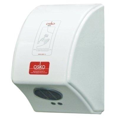 Сушилка для рук Osko MiniПластиковые<br>Сушка для рук Osko mini   имеет защиту IP24, которая защищает прибор от прямого попадания, на него брызгав воды. Применяется в общественных туалетах, а также в школах, барах, ресторанах и в других местах, где требуется гигиеничное просушивание рук. Оснащена сенсорами, которые срабатывают, когда вы подносите к электросушителю руки и отключается после того как вы убираете руки. Современная малогабаритная сушка, которая очень простая в монтаже и имеет антивандальный пластиковый корпус. Имеет большую мощность при низком уровне шума. Электросушитель предназначен для постоянного использования, характеризуется небольшими габаритами и практичным дизайном.<br>Особенности сушки для рук Osko mini:<br><br>Антивандальный, пластиковый корпус;<br>Режим работы: горячий воздух;<br>Сенсорные датчики;<br>Низкий уровень шума;<br>Удобство в использовании;<br>Высокая надежность и безопасность;<br>Отвечает требованиям санитарных и гигиенических норм.<br><br> <br>Автоматическое включение   оборудован оптическими сенсорными датчиками, которые срабатывают автоматически после поднесения к электросушителю рук и автоматически отключается после того как вы уберете руки. Датчики постоянно производят сканирование пространства под соплом электросушителя.<br>Антивандальный корпус   электросушилка для рук имеет антивандальный пластиковый корпус, который защищает прибор от внешних повреждений. Сушка предназначена для работы в общественных местах.<br>Эффективная работа   электросушитель выпускает струю горячего воздуха, которая позволяет высушить руки за считанные секунды и при этом не обжигает руки. Сушка имеет высокий уровень мощности и при этом работает очень тихо.<br>Электросушитель для рук Osko mini, это современное устройство, которое имеет пластиковый антивандальный корпус, современный вид и небольшие габариты. Устройство будет отлично смотреться в любом помещении, в котором будет установлен. В нашем интернет магазине вы сможете подобрать подходящий для ва