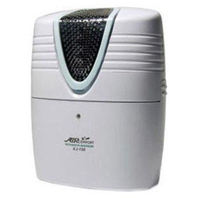 Ионизатор воздуха Aircomfort XJ-130Для холодильника<br>Озонатор воздуха для холодильников AirСomfort XJ-130   высокоэффективный прибор, способный защитить ваш холодильник от неприятного запаха, ваши продукты   от порчи, а вас   от болезней, связанных с потреблением недоброкачественной пищи.<br>Наверное, многим знаком неприятный запах, который появляется в холодильнике при очень долгом хранении продуктов. Но запах является лишь побочным эффектом, проблема же в том, что продукты при длительном их хранении портятся, то есть происходит процесс разложения и размножения бактерий, грибков, плесени и других микроорганизмов. Поэтому зачастую недостаточно просто промыть холодильник, чтобы устранить из него запах   необходима дезинфекция, которая способна уничтожить сами микроорганизмы. Если же они останутся внутри, то вызовут порчу новых и новых продуктов, а попав с пищей в организм, могут вызвать болезни, аллергии, ослабить иммунитет, привести и к другим нежелательным последствиям. К сожалению, химические смеси часто не приносят желаемого дезинфицирующего результата, и, более того, сами могут навредить.<br>Для борьбы с этой проблемой специалисты компании AirСomfort разработали специальную модель ионизатора, способного при помощи активного кислорода   озона   бороться с бактериями, а также разрушать ядовитые пестициды, находящиеся на поверхности фруктов и овощей.<br> <br>Особенности AirСomfort XJ-130:<br><br>Предотвращает проникновение запахов между продуктами в холодильнике.<br>Постоянно стерилизует холодильную камеру холодильника.<br>Предоставляет возможность выбора между рабочими режимами стерилизации.<br>Снижает вероятность порчи продуктов.<br>Разрушает пестициды, содержащиеся во фруктах и овощах.<br>Может с успехом применяться в качестве очистителя воздуха для туалетных и ванных комнат, автомобилей.<br><br><br> <br><br>Этот прибор выполняет постоянную стерилизацию холодильной камеры. Вы можете самостоятельно уменьшать или увеличивать интенсивность его работы, выбрав соот