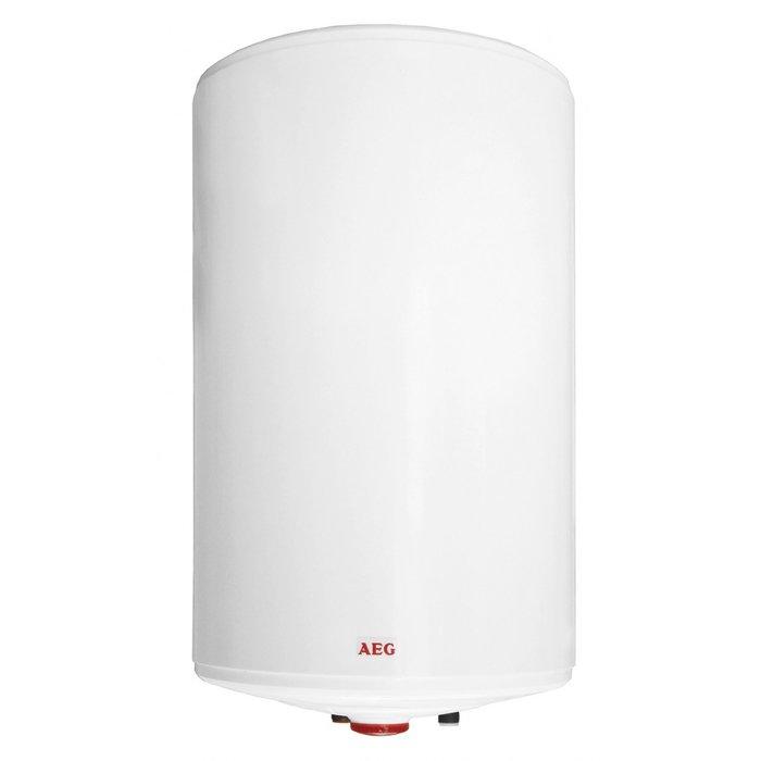 Электрический накопительный водонагреватель Aeg EWH 75 Slim80 литров<br>Водонагреватель AEG (АЕГ) EWH 75 Slim решит проблему со снабжением горячей водой. Его емкости будет достаточно для небольшой семьи, причем не только для кухни, но и душа. Агрегат осуществляет быстрый подогрев воды и длительное время сохраняет ее температуру благодаря плотному слою термоизоляции. Бак прибора защищен от ржавчины и протечек. Нагревательный элемент сопротивляется образованию накипи.<br>Особенности и преимущества накопительных водонагревателей Aeg серии Slim:<br><br> Компактность конструкции   компактные размеры прибора позволяют Вам устанавливать его даже в ограниченном пространстве помещения;<br>Вертикальная установка прибора делает теплопотери минимальными;<br>В приборе установлен медный электрический нагревательный элемент (ТЭН) мощностью 2 кВт;<br>Внутренний накопительный бак изготовлен из двухмиллиметровой стали, на которую нанесен слой специальной эмали;<br>Сменный антикоррозийный анод надежно защищает внутренний резервуар от коррозии;<br>Экологически безопасная полиуретановая теплоизоляция позволит Вам существенно сэкономить электроэнергию;<br>На нижней панели размещены регулятор температуры (механический термостат) с диапазоном регулировки от +5 С до +65 С, индикатор режима работы (включить/выключить);<br>Предохранительный клапан надежно защищает прибор от недопустимо высокого давления;<br>Резервуар водонагревателя защищен от замерзания;<br>Группа безопасности  входит в комплект поставки;<br>Класс защиты корпуса прибора   IP 24 (защита от брызг воды);<br>Диаметр подключения магистрали холодной и горячей воды   G 1/2  (наружная резьба).<br><br>Компания Aeg акцентировала внимание на компактности конструкции своих водонагревателей из семейства Slim. Их уже ставшая традиционной для подобного оборудования форма цилиндра получила узкий диаметр, благодаря чему агрегат сможет легко разместиться даже в малогабаритной ванной комнате. Стоит отметить, что помимо компактности, водонагрев