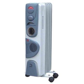 Масляный радиатор Aeronik C 0715 FT1.5 кВт<br>Масляный обогреватель Aeronik (Аероник) C 0715 FT состоит из 7 секций, обеспечивающих качественный обогрев помещения площадью до 15 м2. В качестве теплоносителя используется минеральное масло. Преимуществом модели является наличие таймера и вентилятора.  Прочный корпус устройства надежно защищен от воздействия окружающей среды.<br>Особенности и преимущества:<br><br>Три уровня мощности.<br>Автоматический контроль температуры.<br>Пластиковая ручка.<br>Отсек для кабеля.<br>Колесики.<br>Модели стандартные (S), модели с вентилятором (F), модели с вентилятором и таймером (FT).<br><br>Масляные обогреватели Aeronik серии  C    бюджетные приборы для комфортного дополнительного обогрева бытовых, административных, коммерческих помещений. Линейка весьма разнообразна и представлена не только моделями с разной мощностью, но также и отличающимися комплектацией. Их исполнение соответствует самым высоким требованиям к качеству и безопасности, что делает масляные обогреватели Aeronik прекрасными представителями своего сегмента.<br><br>Страна: Австрия<br>Мощность, Вт: 1500<br>Площадь, м?: 15<br>Колво секций: 7<br>Напряжение, В: 220 В<br>Вес, кг: 11<br>Гарантия: 1 год