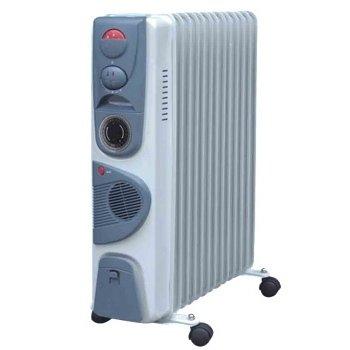 Масляный радиатор Aeronik C 1324 FT2.5 кВт<br>Секционный масляный обогреватель Aeronik (Аероник) C 1324 FT разработан для установки в помещениях с площадью не более 24 м2. Механическая система управления и регулятор температуры обеспечивают комфортное использование агрегата на протяжении длительного периода эксплуатации. В качестве теплоносителя используется минеральное масло. <br>Особенности и преимущества:<br><br>Три уровня мощности.<br>Автоматический контроль температуры.<br>Пластиковая ручка.<br>Отсек для кабеля.<br>Колесики.<br>Модели стандартные (S), модели с вентилятором (F), модели с вентилятором и таймером (FT).<br><br>Масляные обогреватели Aeronik серии  C    бюджетные приборы для комфортного дополнительного обогрева бытовых, административных, коммерческих помещений. Линейка весьма разнообразна и представлена не только моделями с разной мощностью, но также и отличающимися комплектацией. Их исполнение соответствует самым высоким требованиям к качеству и безопасности, что делает масляные обогреватели Aeronik прекрасными представителями своего сегмента.<br><br>Страна: Австрия<br>Мощность, Вт: 2400<br>Площадь, м?: 24<br>Колво секций: 12<br>Напряжение, В: 220 В<br>Вес, кг: 20<br>Гарантия: 1 год