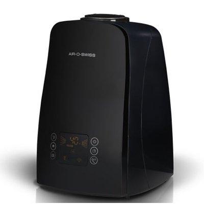 Увлажнитель воздуха Air-O-Swiss U650 blackУльтразвуковые<br>U650 black от швейцарской компании Air-O-Swiss   это современный увлажнитель воздуха для помещений, выполненный в стильном дизайне, в черной цветовой гамме. Такой прибор прекрасно справится с пересушенным воздухом, сделает атмосферу в помещении полезной для здоровья человека.  Для управления работой оборудования предусмотрен удобный сенсорный дисплей.  <br>Основные преимущества рассматриваемой модели бытового увлажнителя  воздуха Air-O-Swiss:<br><br>Электронная система управления i-touch.<br>Стильный современный дизайн.<br>Удобочитаемый информативный дисплей.<br>Мобильность и функциональность.<br>Автоматический и ночной режимы работы.<br>Вместительная емкость для воды.<br>8 часовой таймер работы.<br>Двухструйный распылитель воды (сплиттер).<br>Cистема обеззараживания воды путем пастеризации - нагрев до 80 С.<br>Встроенный электронный гигростат.<br>Индикаторы окончания воды и необходимости в очистке прибора.<br>Светодиодная индикация работы.<br>Невероятно низкий уровень звукового давления.<br>AG+ картридж с частицами серебра.<br>Сменный наполнитель для картриджа.<br>Долговечная  золотая  мембрана (покрытие titaniumnitrite).<br>Автоматическое отключение при низком уровне воды.<br>Высококачественные компоненты и материалы.<br>Низкое потребление электроэнергии.<br>Ионизирующий серебряный стержень (ISS) (опция).<br><br>Ультразвуковые увлажнители воздуха  Boneco Air-O-Swiss   это приборы, которые, несомненно, необходимы в каждом доме. Приборы серии U можно брать с собой в поездку или на работу, ведь они имеют компактные размеры и не займут много места. Работа таких устройств заключается в том, что ультразвуковая мембрана разбивает воду на мельчайшие частички и устройство, при помощи встроенного вентилятора подает их в помещение в виде пара или тумана. Все приборы выполнены в современном дизайне, на выбор предоставляется несколько ярких цветовых вариантов исполнения.<br><br>Страна: Швейцария<br>Производитель: Швей