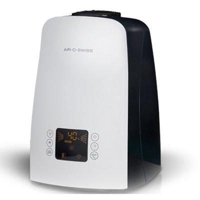 Увлажнитель воздуха Air-O-Swiss U650 whiteУльтразвуковые<br>U650 white от швейцарской компании Air-O-Swiss   это стильный, комфортный в использовании и очень эффективный увлажнитель воздуха, предназначенный для эксплуатации в помещениях, площадью до 60 квадратных метров. Данная модель оборудована по последнему слову техники   имеет встроенный гигростат, электронную систему управления, сенсорный дисплей и функцию таймера. При окончании воды в емкости увлажнитель сообщит об этом при помощи индикатора и прекратит работу автоматически.<br><br>Основные преимущества рассматриваемой модели бытового увлажнителя  воздуха Air-O-Swiss:<br><br>Электронная система управления i-touch.<br>Стильный современный дизайн.<br>Удобочитаемый информативный дисплей.<br>Мобильность и функциональность.<br>Автоматический и ночной режимы работы.<br>Вместительная емкость для воды.<br>8 часовой таймер работы.<br>Двухструйный распылитель воды (сплиттер).<br>Cистема обеззараживания воды путем пастеризации - нагрев до 80 С.<br>Встроенный электронный гигростат.<br>Индикаторы окончания воды и необходимости в очистке прибора.<br>Светодиодная индикация работы.<br>Невероятно низкий уровень звукового давления.<br>AG+ картридж с частицами серебра.<br>Сменный наполнитель для картриджа.<br>Долговечная  золотая  мембрана (покрытие titaniumnitrite).<br>Автоматическое отключение при низком уровне воды.<br>Высококачественные компоненты и материалы.<br>Низкое потребление электроэнергии.<br>Ионизирующий серебряный стержень (ISS) (опция).<br><br>Ультразвуковые увлажнители воздуха  Boneco Air-O-Swiss   это приборы, которые, несомненно, необходимы в каждом доме. Приборы серии U можно брать с собой в поездку или на работу, ведь они имеют компактные размеры и не займут много места. Работа таких устройств заключается в том, что ультразвуковая мембрана разбивает воду на мельчайшие частички и устройство, при помощи встроенного вентилятора подает их в помещение в виде пара или тумана. Все приборы выполнены в современном ди