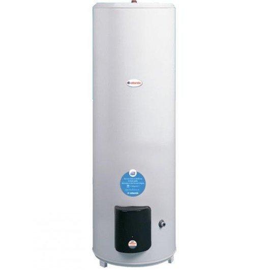 Бойлер косвенного нагрева Atlantic 300300 литров<br>     Atlantic -300   это накопительный водонагреватель напольного типа, использующий технологии электрического нагрева, а также нагрева за счет использования тепловой энергии систем отопления. Представленную модель выделяет удобство эксплуатации, высококачественное исполнение и надежность. Вместительный трехсотлитровый бак агрегата очень прочен и защищен от коррозии специальной эмалью и магниевым анодом.<br>Особенности представленной модели комбинированного бойлера:<br><br>Возможность подключения к любой системе отопления;<br>Не требует специальных разрешительных документов;<br>Быстро нагревает воду;<br>Имеет простое переключение режимов теплообменник /ТЭН кнопкой Зима/Лето;<br>В комплект входит специальный термостат управления для автоматической подачи теплоносителя;<br>Имеет теплоизоляцию высокой плотности;<br>Рабочий бак и колба ТЭНа покрыты стеклокерамикой с содержанием циркония   100% защита от электрохимической коррозии и дополнительные антибактериальные свойства;<br>Обладает внешним терморегулятором, который позволяет легко задать температуру нагрева воды;<br>Точный капиллярный трехклеммный термостат управления позволяет экономить электроэнергию до 15%;<br>Теплообменник обладает толщиной стали3 мм;<br>Обладает магниевым анодом, помогающим предотвратить образование накипи на ТЭНе;<br>Имеет экономичный медный ТЭН обеспечивающий быстрый и равномерный нагрев воды;<br>Оснащен антибактериальным покрытием в виде суперэмали, в которое добавлен титан, кобальт и цирконий;<br>Тихая работа.<br><br>     Семейство напольных водонагревателей комбинированного нагрева Atlantic CWH сможет полностью удовлетворить потребность семьи в горячей воде. Стильный, современный и элегантный дизайн, продуманная до самых мельчайших деталей конструкция водонагревателей этой серии делают эксплуатацию приборов максимально комфортной и безопасной. Главные преимущества комбинированных водонагревателей Atlantic   это высокая производительность 