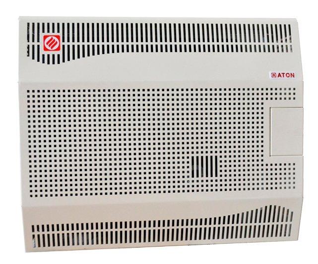 Газовый обогреватель Aton АОГК-2,2Конвекторы газовые<br>Конвектор Aton (Атон) АОГК-2,2   это напольное газовое оборудование, которое предназначено для установки в бытовых, производственных или коммунальных помещениях в газифицированных сооружениях, где требуется эффективное отопление и создание благоприятных климатических условий. Камера сгорания герметически изолирована, благодаря чему удаление продуктов сгорания происходит через газоход.<br>Главные особенности представленной модели газового конвектора от производителя Aton:<br><br>Доступность и цена: Стальной теплообменник в конструкции прибора, обладая той же тепловой мощностью, что и чугунный теплообменник, стоит значительно дешевле.<br>Надежность: Используется надежный газовый узел .<br>Удобство: электронный розжиг (от батарейки стандартного размера АА) и термостат, телескопическая труба.<br>Безопасность: Забор воздуха и выброс продуктов горения происходит на улицу.<br>Универсальность: Прибор может быть переведен на работу с сжиженным газом, комплект перехода на сжиженный газ входит в комплект поставки.<br>Доступность: Минимум монтажных работ при установке.<br>Нагревает сразу воздух, а не теплоноситель - быстрый прогрев помещения и минимум потерь тепла (КПД 87%).<br>Быстрая регулировка температуры. Не сжигает кислород, продукты горения удаляются через коаксиальную трубу.<br>Удобное управление: электронный (от батарейки стандартного размера АА) розжиг, регулятор температуры.<br>Закрытый цикл горения делает конвектор абсолютно безопасным для здоровья.<br>Возможность работы от баллона со сжиженным газом.<br>Не требует трубной разводки, поэтому исключены промерзания системы.<br>Установить конвектор проще и легче, чем водяную систему отопления.<br>Стальной теплообменник.<br>Возможность установки комнатной температуры в диапазоне 13C   38C.<br>Телескопический газоотвод входит в комплект поставки.   <br><br>Конвекторы газовые со стальным теплообменником TM ATON   это современные и надежные обогреватели, которые могут 