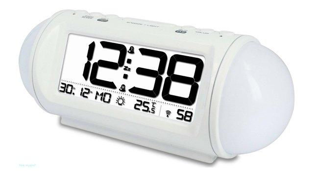 Часы без проекции BVItech BV-47WxxЧасы без проекции<br>BV-47Wxx представляет собой удобные настольные часы с большим дисплеем от компании BVItech. Такой гаджет придется по вкусу всем ценителям современных технологий: часы оснащены светильником с переменными цветами, имеют целых два будильника с функцией  snooze , термометр для фиксации температуры в комнате, а также удобное управление с дружественным интерфейсом. В комплекте предусмотрены три резервные батарейки типа ААА 1,5В, а также сетевой адаптер.<br>Основные преимущества использования рассматриваемой модели настольных электронных часов от торговой марки BVItech:<br><br>Невероятно стильный облик, компактные размеры.<br>Функция светильника.<br>Функция домашнего термометра.<br>Функция светильника.<br>Цветопеременный светильник с фиксацией цвета.<br>2 варианта установки будильника.<br>Измерение внутренней температуры.<br>Функция  Snoze  от 5 до 60 минут.<br>Автоматическая регулировка яркости подсветки.<br>Резервные батареи 1,5Вх3шт/ААА.<br>Сетевой адаптер.<br>Высокое качество и комфорт в управлении.<br><br>Предлагаем вашему вниманию серию уникальных новинок от компании BVItech   настольные электронные часы нового поколения. Все модели отличаются максимальным удобством в использовании. Помимо функции часов, такие устройства оснащены функцией будильника. Некоторые модели способны послужить в качестве светильника, а несколько устройств поддерживают функцию радио, могут работать в качестве радиоприемника, и даже оснащены линейным выходом и портом USB. Абсолютно все модели выполнены в стильном современном дизайне.  Для работы в ночное время суток реализована возможность регулировки яркости.<br><br>Страна: Китай<br>Питание, В: Сеть/Бат.<br>Тип батарейки: AAA<br>Колво батареек: 3<br>Адаптер к 220В: Есть<br>С будильником: Да<br>Радиодатчик: Да<br>С метеостанцией: None<br>В помещении t, С: Да<br>За окном t, С: Нет<br>Влажность в помещении: Нет<br>Влажность за окном: Нет<br>Давление: Нет<br>Прогноз погоды: Нет<br>Габариты, м
