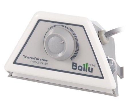Блок управления Ballu BCT/EVU-MАксессуары<br>Простой и понятный каждому блок модели Ballu (Баллу) BCT/EVU-M разработан для управления конвективными электрическими обогревателями семейства  Evolution Transformer System , выпускаемыми одноименной компанией. Предусмотрено два мощностных режима. Модель имеет небольшие размеры, оснащена удобным поворотным регулятором механического типа. Качественные материалы изготовления гарантируют долгий срок службы устройства.<br>Достоинства рассматриваемой модели блока управления:<br><br>2 Режима мощности<br>Компактные размеры<br>Интуитивное эргономичное управление<br>Надёжный механический термодатчик<br>3 года гарантии<br>Длительный срок безупречной эксплуатации<br><br>Сфера применения рассматриваемой модели блока управления:<br><br>Городские квартиры, загородные дома, дачи, офисы, магазины и другие типы помещений.<br><br>Серия блоков управления работой конвекторов серии Evolution Transformer System от известного бренда Ballu   это простые в использовании и удобные приборы, имеющие ряд преимуществ. Все модели семейства отличаются рекордно быстрой установкой   всего в  два клика; имеют достаточно широкий спектр сфер применения.  В серии представлены приборы, как с механическим, так и с электронным термодатчиком.<br><br>Страна: Китай<br>Размеры, мм: 148x91x86<br>Вес, кг: 1<br>Гарантия: 3 года