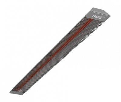 Инфракрасный обогреватель Ballu BIH-T-1.01 кВт<br>Инфракрасные обогреватели высокой мощности BIH-T-1.0 направленного обогрева от Ballu. Данная модель имеет наименьшую мощность в линейке, что позволяет использовать прибор в различных сферах, как для обогрева различных помещений, так и для сушки материалов. Установка прибора   подпотолочная, управление возможно от терморегулятора.<br>Особенности инфракрасных обогревателей серии  BIH-Т от Ballu:<br><br>Мощные высокоэффективные инфракрасные обогреватели;<br>Экономичность в использовании;<br>ТЭН из нержавеющей стали;<br>Возможность подключения к любому терморегулятору;<br>Корпус с элементами из нержавеющей стали;<br>Равномерный обогрев обслуживаемой зоны;<br>Возможна установка под углом;<br>Комфортное тепло, бесшумная работа;<br>Обогреватель показывает высокую эффективность даже при работе на открытых площадках, при наличии ветра и при отрицательных температурах;<br>Обогреватель не сжигает кислород, не создает циркуляцию пыли;<br>Возможность локальной установки (непосредственно над рабочей зоной);<br>Прибор можно использовать в помещениях с высокими потолками (до 10 м);<br>Благодаря потолочной установке прибор не занимает места в рабочей зоне;<br>Установка на потолке исключает возможность получения ожога;<br>У моделей мощностью до 2,0 кВт предусмотрена декоративная решетка;<br>Сфера применения   обогрев помещений различного назначения, использование в технологических процессах.<br><br>Устройство инфракрасного обогревателя серии BIH-Т схоже со многими другими отопительными приборами   это корпус и нагревательный элемент (в данном случае ТЭН из нержавеющей стали). Однако в отличие от классического электрического обогревателя прибор BIH-Т имеет несколько иной принцип действия, а именно   теплоотдача происходит посредством инфракрасного излучения. Это излучение проходит сквозь воздух и нагревает предметы и поверхности, находящиеся в его зоне действия, которые уже и нагревают воздух. Благодаря такому принципу действия прибор 