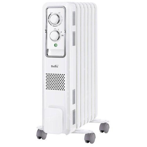 Масляный радиатор Ballu BOH/ST-05W1.0 кВт<br>Модель Ballu (Баллу) BOH/ST-05W представляет собой передовой масляной радиатор с новейшей функциональной комплектацией и привлекательной доступной ценой. Данное устройство оборудовано надежной системой безопасности, имеет специальное защитное покрытие, а также отличается удобным и высокоточным управлением. Особая конструкция позволяет легко транспортировать модель.<br>Особенности и преимущества:<br><br>Стильный Hi-Tech дизайн.<br>Высокоточный термостат нового поколения.<br>Полная свобода перемещения. Сверх удобная ручка для перемещения.<br>Три режима мощности.<br>Универсальная система хранения шнура.<br>Защитное антикоррозийное покрытие Protective Coating.<br>Оптимальная форма перфорации - обеспечивает более эффективный обогрев.<br><br>Масляные радиаторы Ballu серии Style (2017) отличаются наличием широкого ряда современных функциональных особенностей, делающих эксплуатацию данных моделей наиболее комфортной и полностью безопасной для пользователей. Радиаторы оборудованы термостатом последнего поколения, отличающимся высокой точностью. Присутствует защита от коррозионного воздействия. <br><br>Страна: Китай<br>Мощность, Вт: 1000<br>Площадь, м?: 12<br>Колво секций: 5<br>Напряжение, В: 220 В<br>Вес, кг: 6<br>Гарантия: 2 года