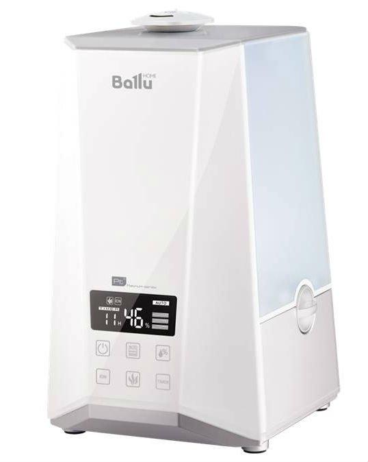 Увлажнитель воздуха Ballu UHB-990Ультразвуковые<br>Увлажнитель воздуха модели Ballu (Баллу) UHB-990 совмещает в себе традиционный и ультразвуковой метод испарения воды. Встроенная в корпус прибора аромакапсула позволяет совмещать процесс коррекции уровня влажности и ароматизации воздуха в помещении. Для максимально удобного управления работой данная модель увлажнителя комплектуется эргономичным ДУ-пультом.<br>Отличительные особенности увлажнителя воздуха Ballu UHB:<br><br>Высокая производительность по увлажнению<br>2 типа увлажнения   холодный и теплый пар<br>Вращающийся на 360  распылитель<br>Фильтр-картридж в комплекте<br>Капсула для ароматических масел<br>Индикация работы и низкого уровня воды<br>Таймер на отключение (до 12 часов)<br>Пульт ДУ<br>Большая площадь обслуживаемого помещения<br>Увеличенный резервуар для воды<br><br>Увлажнители воздуха Ballu UHB невероятно просты в эксплуатации и уходе   благодаря наличию специальной фильтрационной системы в них можно использовать обычную трубопроводную воду. Эти увлажнители оснащены мягкими резиновыми ножками, которые позволяют их надежно устанавливать на гладком полу или столе и не портить их поверхности при перемещении прибора.<br><br>Страна: Китай<br>Производитель: None<br>Площадь, м?: 40<br>Площадь по очистке, м?: None<br>Обьем бака, л: 5,8<br>Колво режимов работы: None<br>Расход воды, мл/ч: 350<br>Гигростат: Да<br>Гигрометр: Нет<br>Питание, В: 12/220<br>Звуковое давление, дБа: 38<br>Мощность, Вт: 110<br>Габариты ВхШхГ, см: 20,4x36,1x23,4<br>Вес, кг: 2<br>Гарантия: 1 год<br>Ширина мм: 361<br>Высота мм: 204<br>Глубина мм: 234