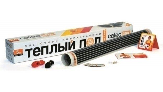 Теплый пол Caleo GRID 150-0,8-5,0Пленочные<br>GRID 150-0,8-5,0 представляет собой пленочный термомат, который разработан брендом CALEO специально для тех, кто ценит качество, комфорт и надежность. Тепловое излучение в инфракрасном спектре, запатентованное антиискровое покрытие, первоклассное исполнение, равномерный бережный обогрев, экономичность   это далеко не полный список преимуществ изделия.<br>Особенности и преимущества пленочных теплых полов серии GRID от бренда CALEO:<br><br>Идеальны под ламинат, ковролин, линолеум, паркетную доску.<br>Быстрый и легкий монтаж без стяжки и клея.<br>Инфракрасный принцип обогрева:  живое  тепло, не сушит воздух, обладает антиаллергенным эффектом.<br>Экономичнее кабельных аналогов до 20%.<br>В комплекте все необходимое для монтажа: качественные зажимы, провода, изоляция, DVD-инструкция.<br>КАЛЕО   пленочный теплый пол №1 в России по ежегодным исследованиям независимого агентства Step by Step.<br>Пленочный теплый пол третьего поколения.<br>Антиискровая серебряная сетка.<br>Удельная мощность 150 Вт/ м2   для стандартных помещений.<br>Для тех, кому важны удобство, качество и надежность.<br><br>Состав комплектов теплого пола CALEO GRID:<br><br>Термопленка в рулоне.<br>Монтажные комплекты (контактные зажимы и битумная изоляция на каждый м2).<br>Комплект соединительных проводов.<br>Инструкция по монтажу, включающая гарантийный талон.<br>Видеоинструкция на DVD-диске.<br><br>Компания CALEO   известный отечественный бренд   разработала уникальные пленочные теплые полы серии GRID. Отличительной особенностью этих систем является специальная запатентованная серебряная сетка, которая исключает возникновение искр. Благодаря такому конструктивному решению оборудование стало максимально безопасным в использовании. Отличный выбор для тех, кто ценит высокое качество и надежность, а также разумную цену.<br><br>Страна: Россия<br>Удельная мощ., Вт/м?: 150,0<br>Длина, м: None<br>Площадь, м?: 5,0<br>Ширина термопленки: 80<br>t плавления термопленки, С