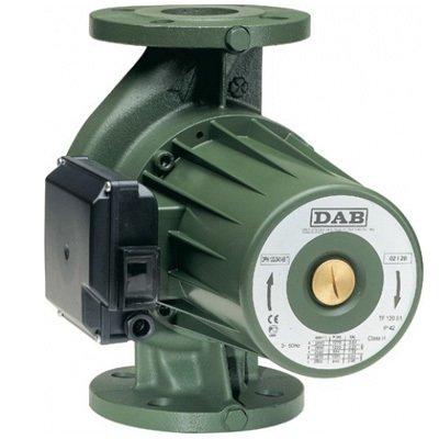 Циркуляционный насос DAB BPH 150/340.65TНасосы для отопления<br>Новые, выполненные по самым современным стандартам насосы DAB (Даб)  BPH 150/340.65T отличаются надежностью и эффективностью работы. По типу относятся к циркуляционным, обладают фланцевым соединением. Двигатель насосов оснащен мокрым ротором, осуществляет работу практически бесшумно и имеет три варианта скорости вращения. Монтаж отличается простотой, установка производится в горизонтальном варианте.    <br>Особенности рассматриваемой модели одиночного циркуляционного насоса от торговой марки DAB:<br><br>Применяются для бытовых систем: отопления, горячего водоснабжения;<br>Высокая производительность;<br>Муфтовый тип присоединения патрубков;<br>Не предназначены для использования в  системах питьевого водоснабжения;<br>Типы перекачиваемых сред: вода, смеси с этиленгликолем (макс. содержание гликоля 30%);<br>Трехскоростной электромотор;<br>Тип ротора  мокрый ;<br>Надежная защита от коррозии   корпус наcоса изготовлен из чугуна;<br>Универсальность установки: монтаж возможен как на горизонтальном, так и на вертикальном участке трубопровода, но обязательно горизонтальное положение двигателя;<br>Экономия электроэнергии, а также снижение уровня шума достигается путем выбора пониженной скорости вращения;<br>100% гарантия качества.<br><br>Серия одиночных насосов от итальянской торговой марки DAB   это высокое качество материалов изготовления и непревзойденно высокая эффективность в работе. Все приборы исполнены в моноблочном корпусе, широкий модельный ряд располагает моделями с различным вариантом монтажа: вертикальным, горизонтальным или универсальным. В нашем онлайн каталоге вы найдете одиночные насосы с электронным и с механическим управлением. Модели имеют три скорости работы и ротор, омываемый жидкостью.<br> <br><br>Страна: Италия<br>Производитель: Италия<br>Производ. л/мин: 866,7<br>диаметр подключ., мм: DN 65<br>Монтажная длина, мм: 340<br>Мощность, Вт: 1796<br>Напряжение сети, В: 400 В<br>Раб. давление, ба