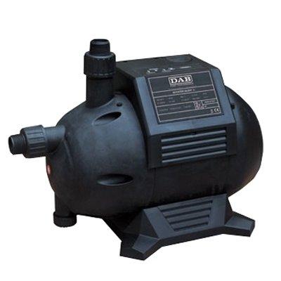 Поверхностный насос DAB Booster Silent 4 M90 л/мин<br>Dab (Даб) Booster Silent 4 M представляет собой высоконадежную насосную станцию с автоматической системой регулирования электромеханического типа и интегрированными датчиками потока и давления. Агрегат выполнен с гидравлическим корпусом из прочного технополимера, который, с одной стороны, прекрасно противостоит механическим воздействиям, а с другой   отличается малым весом.<br>Особенности рассматриваемой модели многоступенчатого горизонтального насоса от торговой марки DAB:<br><br>Высокая производительность;<br>Рабочий диапазон: производительность - от 0,4 до 5,1 куб.м/ч, напор - до 35 м водяного столба.<br>Максимальное рабочее давление: 6 бар.<br>Перекачиваемая жидкость. Состав: чистая, без твердых включений и минеральных масел, не вязкая, химически нейтральная, по характеристикам аналогичная воде.<br>Температура: для санитарной воды - от 0 С до +35 С, для прочих применений - от 0 С до +40 С.<br>Гидравлический корпус, опора двигателя, кожух двигателя, рабочее колесо и диффузор - технополимер; ротор - нержавеющая сталь; уплотнение - EPDM; торцевое уплотнение вала - графит/керамика и масляная камера с двумя сальниковыми уплотнениями.<br>Двигатели оборудованы электромеханической системой регулирования со встроенными датчиками давления и потока.<br>Есть встроенная защита от сухого хода и перегрузки.<br>Монтаж. Вал двигателя - в горизонтальном положении.<br>Степень защиты: IP 54.<br>Класс изоляции: F.<br>Категория: F;<br>100% гарантия качества.<br><br>Горизонтальные многоступенчатые насосы из семейства Booster, разработанные компанией Dab, оснащены удобным электронное системой регулирования, которая обеспечивает максимальный комфорт их эксплуатации. Кроме того, весь модельный ряд оборудован датчиками давления, защитой от работы без воды, датчиками потока воды, а также защитой от перегрузки. Это является важным преимуществом, так как обеспечивает безопасность использования насосов. В интернет-магазине mircli.ru горизо