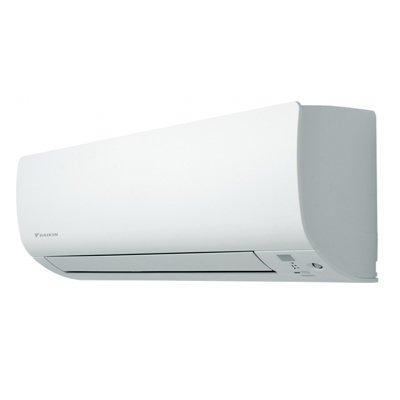 Мульти сплит система Daikin FTXS42KВнутренние блоки<br>Надежность, качество и инновационные технологии делают настенный блок сплит-системы Daikin FTXS42K незаменимым помощником по созданию комфортного климата у вас дома. Наличие инвертора, а так же улучшенная аэродинамика воздушного потока обеспечивают экономичность прибора. Кроме того, двухзонный датчик движения позволяет определить наличие людей в помещении, а&amp;nbsp; при их отсутствии переходит в энергосберегающий режим работы. Высокоэффективные фильтры позволяют очистить и дезодорировать воздух. &amp;nbsp;<br><br>Основные преимущества рассматриваемой модели внутреннего блока мультизональной сплит-системы от торговой марки Daikin:<br><br>Высокий класс энергоэффективности (А).<br>Лаконичный стильный внешний облик.<br>Инверторное управление мощностью.<br>Датчик движения и местоположения человека.<br>Точное поддержание заданных температурных параметров.<br>Индикация режимов работы и заданной температуры.<br>Распределение воздушного потока в трех направлениях.<br>Режим работы &amp;laquo;комфорт&amp;raquo; &amp;ndash; гарантированное отсутствие сквозняков.<br>Встроенная система самодиагностики и защиты.<br>Компрессор непревзойденного японского качества.<br>В комплекте титаново-апатитовый фотокаталитический воздухоочистительный фильтр.<br>Низкие шумовые характеристики.<br>Комплектуется пультом ДУ (в качестве опции можно заказать групповой пульт управления).<br><br>Серия настенных внутренних блоков Daikin CTXS/FTXS-K &amp;ndash; это давно зарекомендовавшие себя у потребителя со всего мира кондиционеры, предназначенные для работы в составе мультизональных сплит-систем. Все приборы серии выполнены в элегантном матовом дизайне, с классической геометрией корпуса. Среди преимуществ стоит отметить встроенный датчик движения, который, при появлении в радиусе действия устройства человека, перенаправляет воздушный поток. А при отсутствии человека на протяжении 20 минут, прибор автоматически переходит в экономичный режим работы