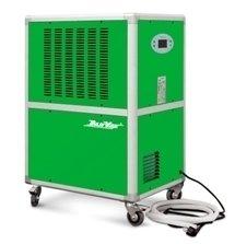 Осушитель воздуха DanVex DEH-1900i&gt; 100 литров<br>Осушитель воздуха DEH-1900i производства фирмы DanVex (Финляндия) разработан для безостановочного автоматического осушения воздуха. Компактность установки обеспечивает удобство транспортировки и эксплуатации. В основе работы данной модели лежит принцип конденсации влаги, насыщающей воздух, с холодной поверхностью. Воздух из помещения при помощи вентилятора всасывается в осушитель и попадает на испаритель &amp;ndash; радиатор с низкой температурой поверхности. Вследствие этого воздух охлаждается, а находящиеся в нем пары влаги конденсируются и сбрасываются в специальный поддон, после чего выводятся из установки, а осушенный и подогретый конденсатором воздух подается в помещение. Осушитель оборудован системой охлаждения с замкнутым контуром, тихим вентилятором, не требующим частого обслуживания и силовым кабелем со штекером. Оборудован жидкокристаллическим дисплеем для контроля за деятельностью системы. Система управления полностью автоматизирована. Предусмотрен бесперебойный регулируемый гигростат, интегрированная переливная система, а также гибкий шланг для отвода конденсата.&amp;nbsp; При наполнении резервуара для конденсата звучит тройной звуковой сигнал и установка отключается. Сигнал будет повторяется каждые 5 минут, на дисплее отображается сообщение Е4 до опустошения резервуара.&amp;nbsp; Фирма &amp;laquo;DanVex&amp;raquo; является одной из ведущих финских компаний, разрабатывающих климатические системы. Она входит в пятерку лидеров поставщиков отопительного оборудования, кондиционеров и осушителей воздуха на европейский рынок уже более 10 лет. Ее разработки совмещают в себе все плюсы европейских производителей и адаптированы для суровых российских условий.<br><br>Страна: Финляндия<br>Производитель: Финляндия<br>Осушение л\сутки: 187<br>Производительность, мsup3;/ч: 1600<br>Функция обогрева: Нет<br>Отвод конденсата: Дренажная трубка<br>Емкость бака, л: None<br>Хладагент: R22<br>Корпус: металл<br>Уровень шума,