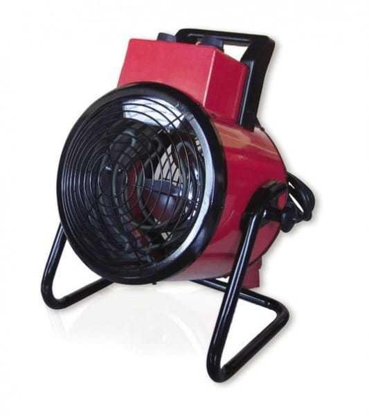 Тепловая пушка Dantex RX-05DANR5 кВт<br>Предлагаем вниманию профессионалов и любителей модель электрической тепловой пушки   RX-05DANR от торговой марки Dantex. Данное устройство имеет небольшие размеры и вес, отличается удобством использования и мобильностью. Встроенный высокоточный термостат поддержит заданную температуру работы. Благодаря наличию в конструкции качественного нагревательного элемента, прогрев осуществляется максимально быстро.    <br>Основные преимущества рассматриваемой модели электрической тепловой пушки от торговой марки Dantex:<br><br>Прибор оборудован высокоэффективным спиральным нагревательным элементом.<br>Ступенчатое переключение мощности.<br>Терморегулятор позволяет установить температуру в диапазоне от 0 до 85 градусов.<br>Эргономичная и понятная панель управления.<br>Мощный двигатель с повышенным ресурсом работы.<br>Высокая скорость нагрева.<br>Встроенный высокоточный термостат.<br>Практически бесшумная работа.<br>Специальное антикоррозионное покрытие корпуса.<br>Высокая пожаробезопасность   двойная защита от перегрева.<br>Современный дизайн.<br>Корпус прибора устойчив к резким перепадам температур.<br>Экономное энергопотребление.<br>Рельефная насадка на ручку для удобства транспортировки.       <br><br>Серия тепловых пушек RX от компании Dantex разработана для эксплуатации в различных помещениях, где необходимо в короткий срок осуществить полный или зональный обогрев. Все модели представленной линейки выполнены из качественных и прочных материалов, в качестве нагревательного элемента используется высокоэффективный стальной спиральный ТЭН. Кроме того, все модели снабжены отказоустойчивым роторным переключателем режимов, который позволяет эксплуатацию приборов в запыленных средах. Стоит также отметить, что все тепловые пушки серии оборудованы двойной системой защиты от перегрева, что гарантирует долгий срок безотказной работы устройств. <br><br>Страна: Великобритания<br>Тип: Электрическая<br>Мощность, кВт: 5,0<br>Площадь, м?: 50<br>Скорос