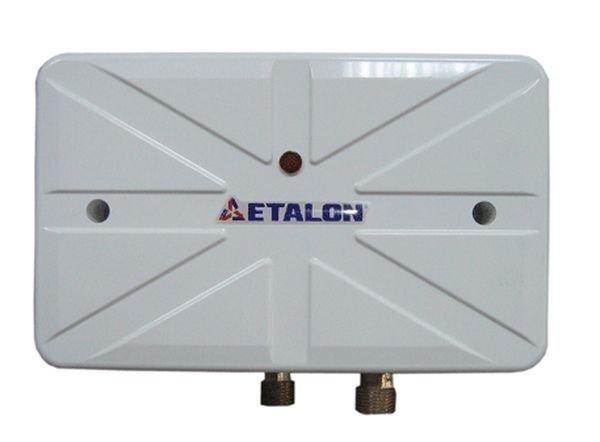 Водонагреватель ETALON System 100010 кВт<br>ETALON (Эталон) System 1000 - это мощный проточный вентилятор, который имеет привлекательный дизайн и выполнен из качественных материалов. Стоит отметить, что особенностью данного устройства стала защита от перегрева. Прибор имеет компактные размеры и небольшой вес, благодаря чему, является очень удобным и практичным в использовании.<br>Особенности и преимущества:   Автоматическое Вкл/Выкл   Медная колба   Минимальное образование накипи   Трехступенчатая система защиты   Медный нагревательный элемент с керамическим наполнением   Компактный размер   Нижнее подключение   Подсоединение к сети электропитания с помощью жесткого кабеля   Функция защиты от перегрева    Возможность установки в систему водоснабжения<br>Серия проточных водонагревателей System от компании ETALON отличаются своей доступностью, привлекательный дизайном, а также высочайшим качеством сборки и исполнения. Данная серия водонагревателей надёжна защищена от перегрева и имеет медную колбу. Стоит отметить, что серия данных приборов имеет компактный размер и возможность установки в систему водоснабжения. <br><br>Страна: Россия<br>Производитель: None<br>Темп. нагрева, С: 60<br>Способ нагрева: ТЭН<br>Производительность: 8 л/мин<br>Мощность, кВт: 10<br>Защита от перегрева: Есть<br>LCD дисплей: Нет<br>Управление: None<br>Тип установки: Горизонтальная<br>Подводка: Нижняя<br>Комплектация: Нет<br>Тип подачи: Напорный<br>Напряжение сети, В: 220 В<br>Габариты ШхВхГ, см: 26,5x14,5x9,5<br>Вес, кг: 4<br>Гарантия: 1 год<br>Ширина мм: 265<br>Высота мм: 145<br>Глубина мм: 95