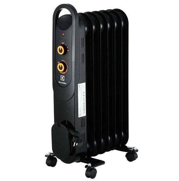 Масляный радиатор Electrolux EOH/M-41571.5 кВт<br>ElectroLux (Электролюкс) EOH/M-4157   это надежный, наполненный экологичным маслом радиатор от известного шведского бренда. Агрегат снабжен датчиком опрокидывания, ограничителем температуры, защитой от перепадов давления, характеризуется повышенной ударопрочностью и герметичностью корпуса. Благодаря такому ответственному и комплексному подходу производителя эксплуатация радиатора будет абсолютно безопасной.<br><br><br><br><br>Особенности и преимущества масляных радиаторов Electrolux серии EOH/M   4:<br><br>Три режима обогрева<br>Высоконадежный механический термостат<br>Простое эргономичное управление<br>Место для хранения шнура питания<br>Ручка для удобства передвижения<br>Ролики для перемещения<br>Уникальный дизайн<br>Высокая экологичность   в качестве наполнителя используется экологичное масло HD-300, проходящее многоступенчатую систему очистки<br>Защита от опрокидывания   встроенный датчик отключит масляный радиатор при отклонении включенного прибора от рабочего состояния или его опрокидывании<br>Защита от перегрева   встроенный датчик отключит прибор в случае перегрева<br><br><br><br> <br><br><br><br>Режимы работы:<br><br>Мощность обогрева 1000Вт<br>Мощность обогрева 1200Вт<br>Мощность обогрева 2200Вт<br><br><br><br><br>Серия EOH/M   4   это технологичные современные маслонаполненные радиаторы от шведского бренда Electrolux. Одна из отличительных черт, которая выгодно выделяет модели среди аналогов,   премиум-дизайн в великолепной гамме глубокого черного цвета с тонкой конструкцией корпуса Ultra Slim. Семейство представлено тремя типоразмерами: радиаторами с семью, пятью и одиннадцатью секциями   для помещений площадью до двадцати пяти квадратных метров. <br><br>Страна: Швеция<br>Мощность, Вт: 1500<br>Площадь, м?: 20<br>Колво секций: 7<br>Напряжение, В: 220 В<br>Вес, кг: 7,4<br>Гарантия: 1 год