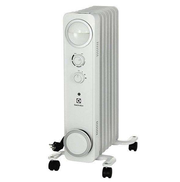 Масляный радиатор Electrolux EOH/M-6157Масляные радиаторы<br>Радиатор ElectroLux (Электролюкс) EOH/M-6157 использует инновационную разработку под названием &amp;laquo;Speed Heating&amp;raquo;, благодаря чему в два раза быстрее достигает нужной температуры, а значит, и обогревает помещение. Вместе с тем прибора может похвастать наличием встроенной трехступенчатой защитной системы, что делает эксплуатацию радиатора абсолютно безопасной, еще и продляет ресурс его работы.<br><br><br><br><br>Особенности и преимущества масляных радиаторов Electrolux серии Sphere (EOH/M &amp;ndash; 6):<br><br>Три режима обогрева<br>Высоконадежный механический термостат<br>Простое эргономичное управление с интуитивно понятным интерфейсом<br>Место для хранения шнура питания<br>Эргономичная ручка для удобства передвижения<br>Ролики для перемещения<br>Технология &amp;laquo;Speed Heating&amp;raquo; &amp;ndash; 2U-образный нагревательный элемент, что позволяет обогреть помещение в 2 раза быстрее<br>Технология Low Carbon Steel<br>Уникальная система хранения шнура<br>Надежная защита от перегрева &amp;ndash; встроенный датчик отключит прибор в случае перегрева<br><br><br><br>&amp;nbsp;<br><br><br>&amp;nbsp;<br>Режимы работы:<br><br>Мощность обогрева 600Вт<br>Мощность обогрева 900Вт<br>Мощность обогрева 1500Вт<br><br><br><br><br>Маслонаполненные радиаторы серии Sphere от бренда Electrolux смогут обеспечить качественный, безопасный обогрев помещений различного типа. Модельный ряд выдержан в современном элегантном дизайне и нейтральной цветовой гамме, благодаря чему приборы легко впишутся в разнообразные интерьерные решения. Главная отличительная черта приборов &amp;ndash; 2U-образный греющий элемент, использование которого в два раза ускорила обогрев помещения. Приобретая в интернет-магазине mircli.ru масляные радиаторы Electrolux, вы становитесь обладателем надежных и эффективных приборов, с официальной гарантией и инструкцией на русском языке. Семейство представлено четырьмя типоразмерами, для поме