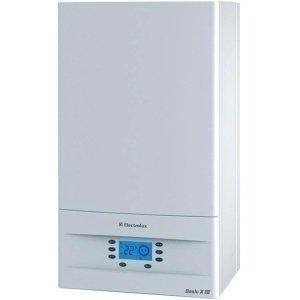 Котел Electrolux GCB 30 Basic Space Duo Fi30 кВт<br>Настенный газовый котел  Electrolux (Электролюкс) GCB 30 Basic Space Duo Fi  используется для отопления квартир и домов, а также для горячего водоснабжения. Главной особенностью данной модели является два разных высокоэффективных теплообменника, которые улучшают показатели производительности. Для контура отопления предусмотрен медный вариант, а вот для контура ГВС встроен теплообменник из нержавеющей стали, имеющий превосходную прочность и устойчивость перед коррозией. При необходимости пользователь может задавать параметры работы системы на неделю вперед, благодаря встроенному недельному программатору.<br>Особенности и преимущества:<br><br>Функция мгновенной подача горячей воды  Waterrecall .<br>Автозапуск по газу и электричеству.<br>Форсированный режим ГВС  FHF <br>Автоматическое погодозависимое отопление  ETC .<br>Дополнительный режим работы  теплый пол  ( AffectFloor ).Автоматический электронный розжиг и надежный ионизационный контроль пламени.<br>Интеллектуальная система самодиагностики с визуальным отображением кодов неисправностей.<br>Не требует идеальных условий эксплуатации и максимально адаптирован для России   стабильно работает при сверхнизких температурах (до   50 С), при понижении входного давления газа до 2,5 мбар и в диапазоне питающего напряжения от 170 до 250В.<br>Возможность подключения комнатного термостата или системы беспроводного дистанционного управления  Fly-by-wire .<br>Система безопасности автоматически отключает подачу газа при: погасании пламени, перегреве котла, недостаточном для безопасной работы давлении теплоносителя или расходе ГВС через теплообменник, нарушении отвода продуктов сгорания, неисправности электроники.<br><br>Если вы ищете оборудование, способное эффективно справляться сразу с двумя задачами: обеспечивать помещение отоплением и горячей водой, тогда серия двухконтурных газовых котлов BASIC SPACE DUO от известного производителя Electrolux создана именно для вас. Каждая м