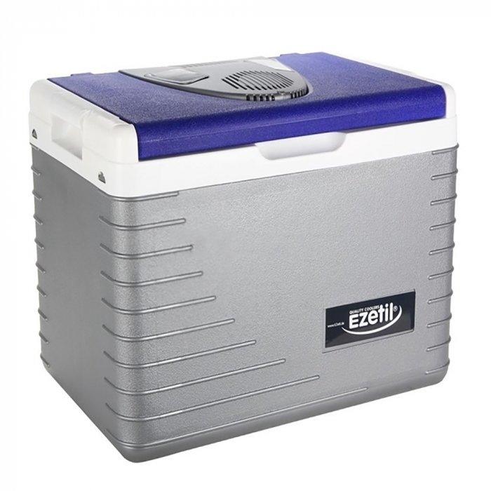 Термоэлектрический автохолодильник Ezetil E 45 12Vсвыше 40 литров<br>Торговая марка Ezetil представляет компактный, но вместительный термоэлектрический автомобильный холодильник модели E 45 12V. С таким попутчиком вы можете отправиться и на пикник, и в дальнюю поездку, ведь автохолодильник сможет обеспечить вас свежими продуктами и прохладными напитками в любое время. Стоит добавить, что для питания агрегат может использовать бортовую сеть, а адаптер для подключения к прикуривателю предусмотрен в комплекте.<br>Особенности и преимущества термоэлектрических автохолодильников от компании Ezetil:<br><br>Температурные режимы работы: охлаждение;<br>Работа от бортовой сети автомобиля 12 вольт;<br>Конструкция и форм-фактор данной модели позволяет использовать холодильник, как в горизонтальном положении, так и в вертикальном;<br>Данная модель имеет пластиковую ручку для переноски холодильника;<br>Модель оснащена интеллектуальной системой энергосбережения;<br>Шнуры питания вмонтированы в специальный отсек на тыльной стороне крышки.<br><br>Общее устройство автохолодильника:<br><br>Приточный вентилятор.<br>Алюминиевый радиатор охлаждения.<br>Внутренняя камера из экологичного пластика.<br>Внешний корпус из ударопрочного пластика.<br><br>Торговая марка Ezetil разработала линейку термоэлектрических автомобильных холодильников, которые, безусловно, понравятся всем любителям дальних поездок или пикников. С такими охлаждающими агрегатами продукты и напитки дольше сохранят свою свежесть, а вы сможете обеспечить себе полезный рацион даже в командировке. Среди преимуществ таких устройств стоит выделить настоящее немецкое качество, компактные размеры и небольшой вес, а также нормальную работоспособность агрегатов при любом наклоне транспортного средства. Семейство представлено множеством моделей, которые отличаются оснащенностью, питанием, конструкцией и, конечно, дизайном и цветовыми решениями.<br><br>Страна: Германия<br>Объем, л: 42<br>Мощность, Вт: None<br>Питание, В: 12<br>Max темпер