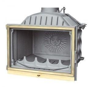 Камин Fabrilor DECO 730 BRТопки<br>DECO 730 BR   это качественная топка для дровяных печей и каминов с боковым вариантом открытия дверцы и прямым стеклом от известного бренда Fabrilor. Данная модель изготовлена из чугуна, отделанного латунным фасадом. Наличие в конструкции устройства заводской шиберной заслонки позволяет управлять подачей воздуха для горения, что в конечном итоге увеличивает процесс сгорания дров от одной закладки на срок от 4 до 10 часов. Нижняя часть топки оборудована вместительной емкостью для сбора золы, который достаточно легко выдвигается независимо от положения дверцы.<br>Характерные особенности представленной модели каминной топки:<br><br>Латунный фасад.<br>Оснащена встроенной заводской шиберной заслонкой.<br>Регулировка подачи воздуха для горения.<br>Большой вместительный зольник.<br>Режим длительного горения   поддерживается процесс тления в течение 4-10 часов.<br>Все элементы изготовлены из высококачественного термостойкого чугуна.<br>КПД более 75%.<br>Большая площадь теплоотдачи за счет оребрения.<br>Современные технологии в классическом исполнении.<br>Полное соответствие европейской норме EN 13229.<br>Высококачественное исполнение.<br>Рекомендуемое топливо: дрова и древесные брикеты.<br><br>Все топки для дровяных каминов с прямым жаропрочным стеклом серии 700 от французской компании Fabrilor   это высокое качество используемого в производстве чугуна и удобно продуманная конструкция, которая позволяет экономить топливо, но при этом характеризуется высокой теплоотдачей. Кроме того, все модели выполнены в стильном дизайне, в котором используются изысканные элементы, изготовленные из латуни. Широкий модельный ряд представленной серии позволит подобрать очаг, который подойдет именно к Вашей печи или камину.<br>Обратите внимание: для разжигания нельзя использовать горюче-смазочные материалы, такие как бензин, солярку и т. д. Следует избегать перепадов температуры, не тушить огонь различными жидкостями.<br> <br> <br> <br> <br><br>Страна: Франц