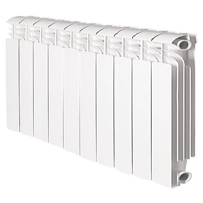 Радиатор отопления Global Iseo 350 10 секц.Алюминиевые<br>Алюминиевый радиатор отопления Global (Глобал) Iseo 350 10 секц. был разработан известной компанией специально для комфортного обогрева помещений. Использовать агрегат можно и в автономных отопительных системах (загородные дома, коттеджи), и в централизованных (в квартирах и офисах, детских садах, магазинах и т.д.). Эргономичная конструкция радиатора с прекрасными аэродинамическими показателями дает возможность установить прибор в любом удобном месте.<br>Особенности и преимущества алюминиевых радиаторов Global Iseo:<br><br>Усиленная конструкция и защитный внутренний фторо-циркониевый слой<br>Специальная форма вертикальных ламелей<br>Высокая теплоотдача<br>Высококачественная обработка поверхностей радиатора<br>Применена двухступенчатая технология покраски<br>Современный дизайн<br>Простое управление температурой нагрева<br>Цвет белый RAL 9010 подходит к любому интерьеру<br>Двухступенчатая покраска обеспечивает стойкость к моющим средствам и ультрафиолетовому излучению<br>Специальные паронитовые прокладки исключают возможность протечек<br>Произведено в Италии с учетом условий российских систем отопления<br><br>При установке радиаторов модели Global Iseo необходимо соблюдать следующие расстояния: <br><br>до пола   не менее 10 см; <br>до стен   не менее 3 см; <br>до подоконника или полки   не менее 10 см.<br><br>Комплектация:<br><br>Радиатор в сборе<br>Инструкция на русском языке<br><br>Iseo  350   среднемощная линейка в семействе цельнолитых алюминиевых радиаторов Глобал. Теплопроводность одной греющей секции радиатора достигает 134,0 Вт, чем обусловлены места их эффективного применения: в стандартных помещениях с небольшими теплопотерями. Агрегаты просты в подключении и производится оно может как сверху, так и снизу, что очень удобно. В нашем интернет-магазине радиаторы Global представлены и другими линейками. Полный ассортимент вы найдете на страницах онлайн-каталога. <br><br>Страна: Италия<br>Межосевое расстоя