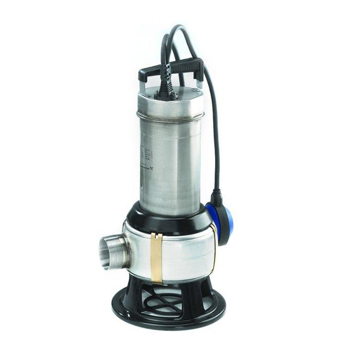 Фекальный насос Grundfos UNILIFT AP50B.50.11.A1V 1x230V 10m Sch450 л/мин<br>Эргономичный насос Grundfos (Грундфос) UNILIFT AP50B.50.11.A1V 1x230V 10m Sch является многозадачной моделью и способен одинаково эффективно справиться с решением нескольких проблем, в том числе осушение затопленного подвала или перекачивание грязной воды с твердыми примесями. Устройство не нуждается в техническом обслуживании и имеет функцию автоматического управления.<br>Особенности и преимущества дренажных насосов Grundfos представленной серии:<br><br>Подходит для стационарной или временной (переносной) переносной установки.<br>Большинство элементов выполнено из нержавеющей стали.<br>Кабель соединяется с помощью штепселя.<br>Имеется как автоматическое управление, так и ручное управление.<br>Однофазный вариант исполнения имеет встроенный термовыключатель.<br>Назначение:<br><br>Перекачивание воды и дождевой воды на садовых участках<br>Перекачивание воды из рек и озер<br>Перекачивание дождевой, дренажной и паводковой воды<br>Перекачивание воды для заполнения/опорожнения контейнеров, водоотстойников, баков и т. п.<br>Перекачивание стоков от душевых, стиральных машин и раковин, расположенных ниже уровня канализационный системы<br>Перекачивание воды для бассейнов<br>Перекачивание дренажной воды из водосточных канав<br>Понижение уровня грунтовых вод<br>Перекачивание бытовых стоков от септиков и систем переработки шлама<br>Перекачивание жидкостей, содержащих волокна, от предприятий легкой промышленности, прачечных и т. п.<br>Перекачивание стоков от путепроводов, подземных переходов и т. п.<br>Перекачивание дренажной воды от системы спринклеров гаража.<br><br><br><br>Торговая марка Grundfos разработала широкий модельный ряд дренажных насосов семейства Unilift, которое представлено несколькими модификациями. Высокотехнологичные Unilift AP   это универсальные погружные приборы, которые могут откачивать жидкости с достаточно крупными жидкостями, поэтому их использование актуально и в качестве фекальн
