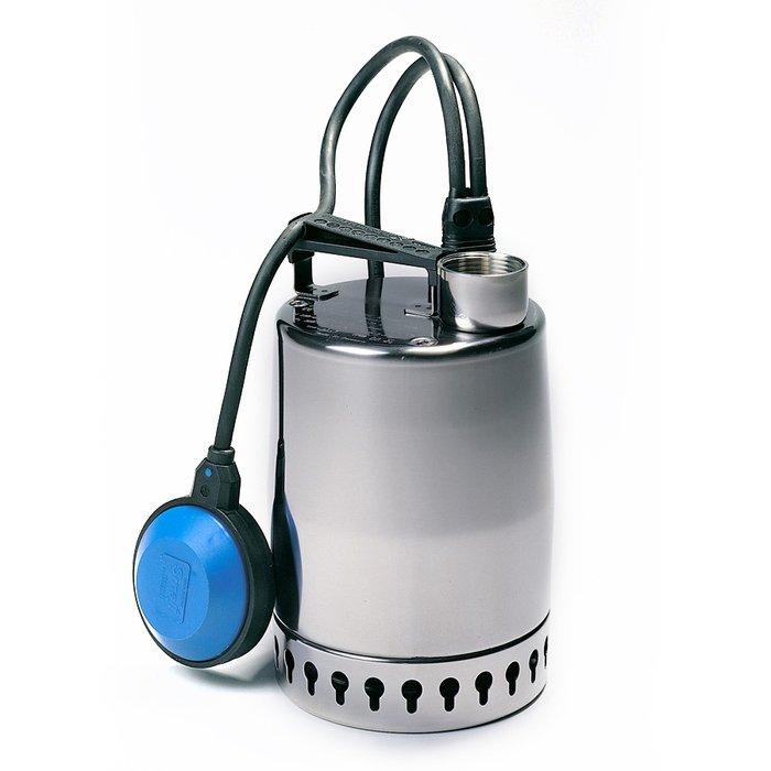Дренажный насос Grundfos UNILIFT KP150-A-1 1x220-230V 50Hz Sch10mДренажные насосы<br>Современный производительный насос Grundfos (Грундфос) UNILIFT KP150-A-1 1x220-230V 50Hz Sch10m способен выполнять работу по перекачиванию чистой или грязной воды максимальной температурой +70 градусов. Устройство изготовлено из высокопрочной нержавеющей стали, благодаря чему не подвержено износу и снижению производительности при длительном контакте с водой.<br>Особенности и преимущества дренажных насосов Grundfos представленной серии:<br><br>Использование композитных материалов.<br>Сетчатый фильтр из нержавеющей стали.<br>Выпускной клапан с рукояткой.<br>Доступны модели с реле уровня.<br>Подходит для низких уровней всасывания.<br>Легкий.<br>Насос Unilift CC предназначен для следующих задач:<br><br>Перекачивание воды и дождевой воды на садовых участках;<br>Перекачивание воды из рек и озер;<br>Перекачивание дождевой, дренажной и паводковой воды;<br>Перекачивание воды для заполнения/опорожнения контейнеров, водоотстойников, баков и т. п.;<br>Перекачивание стоков от душевых, стиральных машин и раковин, расположенных ниже уровня канализационный системы;<br>Перекачивание воды для бассейнов;<br>Перекачивание дренажной воды из водосточных канав;<br>Понижение уровня грунтовых вод;<br>Перекачивание стоков от путепроводов, подземных переходов и т. п.;<br>Перекачивание дренажной воды от системы спринклеров гаража.<br><br><br><br>Торговая марка Grundfos разработала широкий модельный ряд дренажных насосов семейства Unilift, которое представлено несколькими модификациями. Высокотехнологичные Unilift AP &amp;ndash; это универсальные погружные приборы, которые могут откачивать жидкости с достаточно крупными жидкостями, поэтому их использование актуально и в качестве фекальных насосов. Ультрасовременные Unilift CC успешно справляются с откачивание серых стоков, при этом уровень воды может достигать трех миллиметров над полом. Как и модификация AP, Unilift CC могут быть и временным решением проблемы 