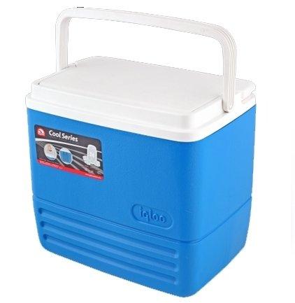Изотермический контейнер Igloo Cool 1611-20 литров<br>Изотермические контейнеры для транспортировки и временного хранения продуктов и напитков завоевывают все большее место на рынке товаров. Термосумка Igloo Cool 16 удобна, обладает широкой ручкой, съемной широкой крышкой. Надежная термоизоляция корпуса и крышки Ultratherm. При использовании аккумулятора тепла способна сохранить температуру охлаждения содержимого до 24 часов. Объем контейнера 15,6 л, компактные габариты. Термосумка выполнена из экологически чистых высокопрочных материалов и легко моется.<br>Основные преимущества приобретения изотермической емкости от торговой марки Igloo:<br><br>Современный привлекательный дизайн.<br>Удобные для транспортировки размеры.<br>Удобные ручки, упрощающие перенос контейнеров.<br>Есть модели с защелками на крышках и без.<br>Резьбовая сливная пробка для отвода конденсата.<br>Двойная пенная UltraTherm   изоляция корпуса и крышки позволяет поддерживать хранить лед  до 5 дней при температуре окружающей среды не более + 30  .<br>Разнообразные цветовые решения.<br>Идеальны для любителей активного отдыха, рыбалки, охоты и путешествий.<br><br>Изотермическая продукция в настоящее время набирает обороты популярности. Одним из ведущих производителей в данной сфере является американская компания Igloo, которая достаточно давно уже зарекомендовала себя, как изготовителя только качественной, практичной, долговечной и полезной продукции. Ассортимент невероятно широк и разнообразен. Здесь есть и емкости для напитков, и сумки с изотермическими свойствами и различного типа и конфигурации термо-контейнеры.  <br><br>Страна: США<br>Объем, л: 15,0<br>Мощность, Вт: Нет<br>Питание, В: Нет<br>Max температура, C: Нет<br>Min температура, C: Нет<br>Функция подогрева: Нет<br>Дельта t, C: Нет<br>Кабель питания: Нет<br>Назначение: Изотермический контейнер<br>ГабаритыВШД,мм: 350x370x270<br>Вес, кг: 2<br>Гарантия: 1 год