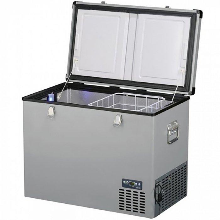 Aвтохолодильник компрессорный Indel B TB10041-140 литров<br>Aвтохолодильник компрессорный на 220в IndelB ТВ100 оснащен одним отсеком и удобным дисплеем, на котором отображается информация о текущем режиме работы прибора. Благодаря широкому диапазону рабочих температур и поддержанию заданных пользователем настроек, рассматриваемый автохолодильник может как просто охладить напитки и продукты, так и глубоко их заморозить для более длительного хранения.<br><br>Страна: Италия<br>Объем, л: 100<br>Мощность, Вт: 65<br>Питание, В: 12/24<br>Max температура, C:: +10<br>Min темп., C: 18<br>Кабель питания: Есть<br>Назначение: Легковой автомобиль<br>Габариты ВxШxД, мм: 615x790x465<br>Вес, кг: 31<br>Гарантия: 3 года