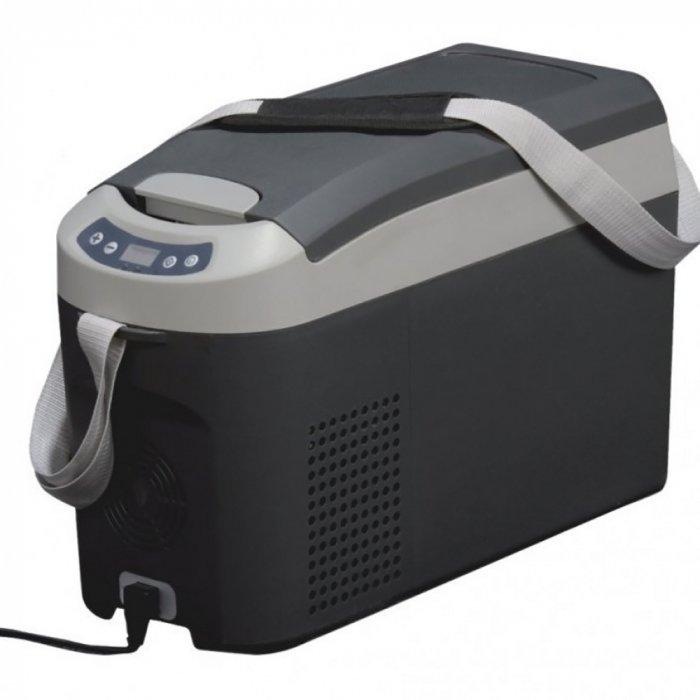 Компрессорный автохолодильник  Indel B TB18до 30 литров<br>Компактный компрессорный автохолодильник  IndelB ТВ18 на 12/24 вольт    это идеальный выбор для тех, кто проводит много времени в поездках, а также любит выбраться на природу. Представленная модель автохолодильника эффективно охлаждает напитки и продукты, имеет ремни безопасности для надежного закрепления прибора в транспорте, работает совершенно бесшумно и имеет прочный, устойчивый к механическим воздействиям корпус.<br><br>Страна: Италия<br>Объем, л: 18<br>Мощность, Вт: 35<br>Питание, В: 12/24<br>Max температура, C:: +10<br>Min темп., C: 18<br>Кабель питания: Есть<br>Назначение: Легковой автомобиль<br>Габариты ВxШxД, мм: 405x235x565<br>Вес, кг: 9<br>Гарантия: 3 года