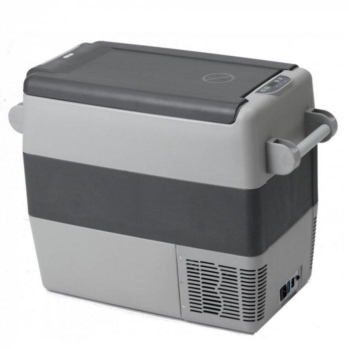 Автомобильный компрессорный холодильник  Indel B TB51A41-140 литров<br>IndelB ТВ51A   это автомобильный компрессорный холодильник на 220 вольт, выполненный в компактном ударопрочном корпусе. Представленный прибор успешно справляется со своей непосредственной задачей, быстро охлаждая напитки и продукты, продлевая срок их свежести. Благодаря этому рассматриваемая модель автохолодильника станет незаменимым спутником всех длительных деловых и туристических поездок. Также стоит отметить, что оборудование экономично, оснащено хорошей теплоизоляцией и удобно устанавливается как на сидении автомобиля, так и в багажнике.<br><br>Страна: Италия<br>Объем, л: 50<br>Мощность, Вт: 45<br>Питание, В: 12/24/220<br>Max температура, C:: +5<br>Min темп., C: 18<br>Кабель питания: Есть<br>Назначение: Легковой автомобиль<br>Габариты ВxШxД, мм: 530x350x700<br>Вес, кг: 19<br>Гарантия: 3 года
