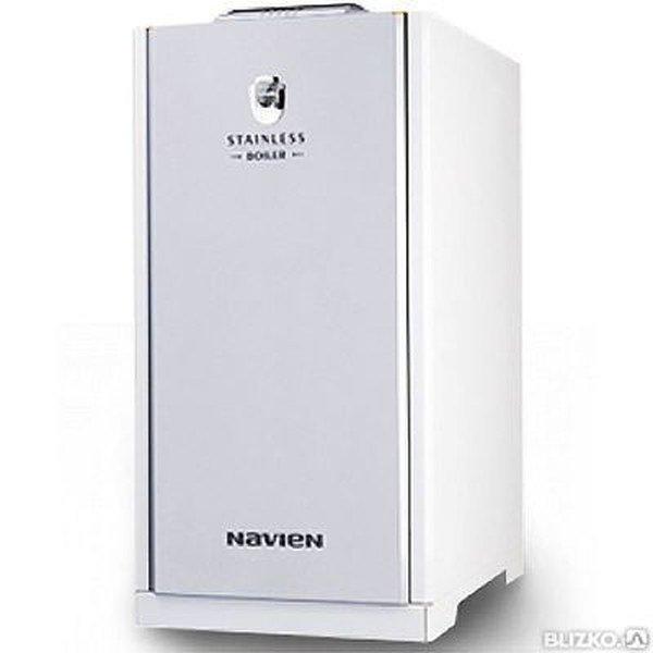 Котел Navien LST-50KG50 кВт<br>Navien (Навиен) LST-50KG представляет собой модель котла, оборудованного топливной горелкой. Агрегат отличается качественной конструкцией и надежным функционированием. В устройство интегрирован фильтр для очистки топлива. В комплекте также прилагаются съемные картриджи для фильтра. В качестве управления агрегатом используется пульт, входящий в стандартную комплектацию котла.<br>Особенности и преимущества:<br><br>Европейский дизайн: дизельные котлы Navien LST-K(KR) выполнены в европейском дизайне и имеют прямоугольную форму, малые габариты и небольшой вес.<br>Рациональная конструкция: для удобства монтажа, присоединительные патрубки расположены с обеих сторон котла, что в значительной степени упрощает его установку.<br>Универсальная система дымоудаления: ентилятор надувной горелки котла создает дополнительный напор, позволяющий выводить дымоотводящую трубку как в существующий дымоход, так и через наружную стену.<br>Высокоэффективный теплообменник горячего водоснабжения: встроенный теплообменник ГВС специальной конструкции способен обеспечить горячей водой даже самую большую семью. Вам не придется нести дополнительные затраты на бойлер или водонагревательную колонку-все это уже встроено в котел.<br>Теплообменник из нержавеющей стали: теплообменник из высококачественной нержавеющей стали фактически не подвержен коррозии, что значительно увеличивает срок службы котла.<br>Защита от перепадов напряжения: чип SMPS (Switched Mode Power Supply) на микропроцессоре защищает котел от перепадов напряжения в электросети в пределах  30% от 230 В. Котел при этом работает без сбоев и остановок, благодаря чему продлевается срок его эксплуатации и предотвращаются поломки, связанные с нестабильным напряжением. На сегодняшний день чип SMPS является самой прогрессивной защитой от перепадов напряжения.<br>Современная дизельная горелка: конструкция горелки обеспечивает малошумную стабильную работу с минимальным потреблением топлива. Горелка адаптирована для р