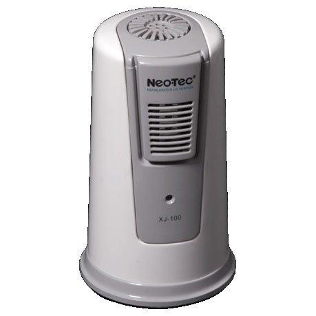 Ионизатор воздуха NeoTec XJ-100Для холодильника<br>Ионизатор воздуха для холодильников бытового назначения&amp;nbsp;NeoTec XJ-100&amp;nbsp;&amp;ndash; это современный прибор, способный создать и поддержать здоровую атмосферу и сохранить продукты от порчи. Активный кислород и высокая концентрация активных ионов уничтожат вредные бактерии и микроорганизмы, насытят воздух в холодильной камере свежестью. Модель выполнена в компактном корпусе, для функционирования предусмотрены четыре элемента питания.<br>Особенности и преимущества представленной модели ионизатора воздуха для холодильника от торговой марки NeoTec:<br><br>Предотвращает проникновение запахов между продуктами в холодильнике<br>Постоянно стерилизует холодильную камеру холодильника<br>Возможность выбора между рабочими режимами стерилизации<br>Снижает вероятность порчи продуктов<br>Разрушает пестициды, содержащиеся во фруктах и овощах<br>Может с успехом применяться в качестве очистителя воздуха для туалетных и ванных комнат, автомобилей.<br>Индикатор напоминает Вам о необходимости замены батарей.<br>Питание от 4 батарей хватает на 120 дней.<br><br>Пожалуй, каждая хозяйка знает, что поддержание чистоты в холодильнике &amp;ndash; это залог здоровья всей семьи. Современный рынок бытовой техники дает возможность создавать и поддерживать чистоту холодильной камеры без особых усилий. Так, например, торговая марка NeoTec выпустила серию ионизаторов воздуха, которые способны осуществлять стерилизацию воздуха, воспрепятствуют смешиванию запахов и максимально сократят возможность порчи продуктов питания.<br>&amp;nbsp;<br><br>Страна: Италия<br>Производитель: Китай<br>Площадь, м?: 10<br>Предварительный фильтр: Нет<br>Электростатичный фильтр: Нет<br>Плазменный фильтр: Нет<br>Фотокаталитический фильтр: Нет<br>УФ лампа: Нет<br>Колво режимов работы: 1<br>Уровень шума, дБа: 25<br>Мощность, Вт: 6,0<br>Габариты ВхШхГ, см: 13x6,5x8,0<br>Вес, кг: 1<br>Гарантия: 1 год<br>Ширина мм: 65<br>Высота мм: 130<br>Глубина мм: 80