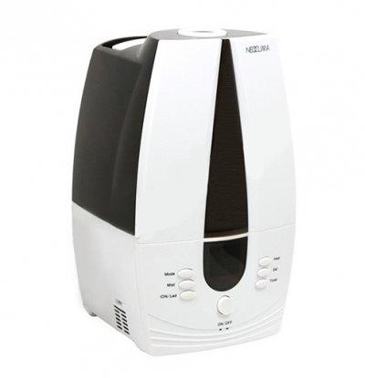 Увлажнитель воздуха Neoclima NHL-075Ультразвуковые<br>Neoclima NHL-075   это уникальный увлажнитель воздуха с большим резервуаром для воды   емкость бака составляет7,5 литров. Представленная модель успешно справляется со своей непосредственной задачей, обеспечивая эффективное увлажнение воздуха в обслуживаемом помещении. Прибор имеет емкость для ароматизатора, благодаря чему ваш дом или офис сможет наполниться любимым ароматом. Увлажнитель имеет встроенный дисплей, где отображается вся необходимая информация о заданном режиме работы прибора, а также уровне влажности в помещении.<br>Преимущества представленной модели увлажнителя воздуха:<br><br>Регулировка интенсивности испарения.<br>2-х ступенчатая система очистки воды.<br>LCD-дисплей.<br>Нано-ионный  картридж.<br>Пастеризация воды (нагрев до 80 С).<br>Деминерализующий  картридж для смягчения воды.<br>Антибактериальное покрытие бака.<br>Ультразвуковое увлажнение.<br>Индикация питания и уровня воды в баке.<br>Низкий уровень шума.<br>Удобное управление.<br>Возможность использования в качестве ароматизатора.<br>Режимы работы: автоматический, вody-режим, режим Здоровье, горячий/холодный пар.<br><br> <br>Увлажнители воздуха серии NHL от компании NeoClima   это функциональные эффективные приборы, которые позволяют поддерживать оптимальный уровень влажности в обслуживаемом помещении. Увлажнители имеют компактные размеры, не требуют специфического монтажа и готовы к работе сразу после подключения к электрической сети и наполнения резервуара водой. Легкость и простота использования приборов понравятся многим пользователям, а экономичный расход электрической энергии и функциональность удовлетворят даже самых притязательных покупателей. С увлажнителями воздуха вы сможете избежать целого ряда заболеваний и будете чувствовать себя прекрасно!<br><br>Страна: Греция<br>Производитель: Греция<br>Площадь, м?: 25<br>Площадь по очистке, м?: Нет<br>Обьем бака, л: 7,5<br>Колво режимов работы: 4<br>Расход воды, мл/ч: 400<br>Гигростат: Да<b