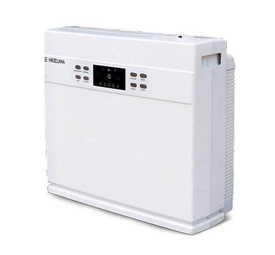 Очиститель воздуха Neoclima NСС-868Очистка + Увлажнение<br>NeoClima NCC-868   это универсальный прибор для коррекции воздуха в помещениях различного назначения. Представленная модель весьма эффективно справляется со своей задачей, очищая и увлажняя воздух. Электронное управление очень удобно и максимально дружелюбно к пользователю, а LED- дисплей значительно повышает уровень комфорта эксплуатации. Высокое качество сборки и деталей гарантирует долгий срок безукоризненной стабильной службы. Кроме того. Прибор тихо работает и экономично расходует электрическую энергию. не требует специфического ухода.<br>Преимущества представленной модели очистителя воздуха:<br><br>Климатический комплекс: очистка, увлажнение воздуха<br>Электронное управление.<br>Ультразвуковой тип увлажнения.<br>Технологии:<br><br>очистка воздуха + ультразвуковое увлажнение;<br>LCD дисплей;<br>датчик уровня воды;<br>индикатор уровня влажности;<br>сенсорный датчик контроля воздуха;<br>регулировка интенсивности;<br>автоматический  режим;<br>ручной режим;<br>ночной режим;<br>регулировка мощности пара.<br><br>Высокоэффективный multi-фильтр:<br><br>HEPA 14 фильтр (99.97%);<br>угольный фильтр;<br>фотокаталитический фильтр;<br>ультрафиолетовая лампа;<br>ионизатор;<br>озонатор.<br><br>Объем резервуара для воды: 2,4 литра.<br>Расход воды: 300 г/час.<br><br> <br>Линейка климатических комплексов от всемирно известной компании Neoclima оснащены широким набором функций. Эти универсальные устройства эффективно обеспечивают оптимальный уровень влажности, в то же время очищая его от различных вредных примесей. Оборудование для обработки воздуха Neoclima разработано специально для того, что воздух в доме или офисе был свежим и чистым. Приборы смогут обеспечить комфортный и, что самое главное, здоровый микроклимат в обслуживаемом помещении, что благоприятно скажется на самочувствии и настроении человека, ведь влажность и чистота воздуха оказывают большое влияние на здоровье взрослых и детей, а также домашних любимцев.<b