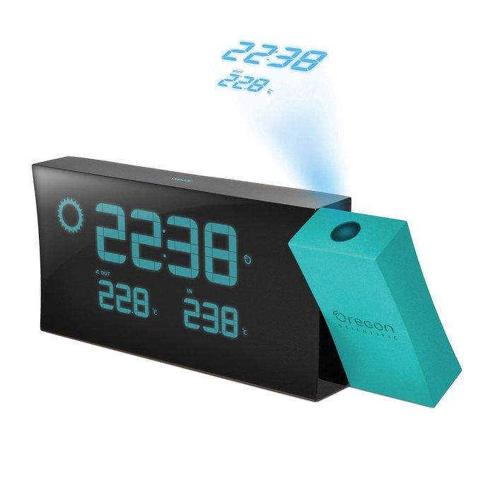 Часы с синей проекцией Oregon Scientific BAR223PNКрасная проекция<br>Oregon (Орегон) BAR223PN &amp;mdash; это лучшая модель часов с будильником для вашего дома, так как с помощью нее можно осуществить проекцию актуального времени на стену или потолок или на стену&amp;mdash; изменять уровень проекции можно в зависимости от своих предпочтений и нужд самостоятельно. Часы будильник +с проекцией сочетают в себе полезные функции метеостанций, так как может показывать погоду на улице и температурный показатель воздуха в помещении.<br><br>Страна: США<br>Питание, В: Сеть/Бат.<br>Тип батарейки: ААА<br>Колво батареек: 2<br>Адаптер к 220В: Есть<br>С будильником: Да<br>Радиодатчик: Да<br>С метеостанцией: Да<br>В помещении t, С: Да<br>За окном t, С: Да<br>Влажность в помещении: Нет<br>Влажность за окном: Нет<br>Давление: Нет<br>Прогноз погоды: Нет<br>Габариты, мм: 20x125x50<br>Вес, кг: 1<br>Гарантия: 1 год<br>Ширина мм: 125<br>Высота мм: 20<br>Глубина мм: 50