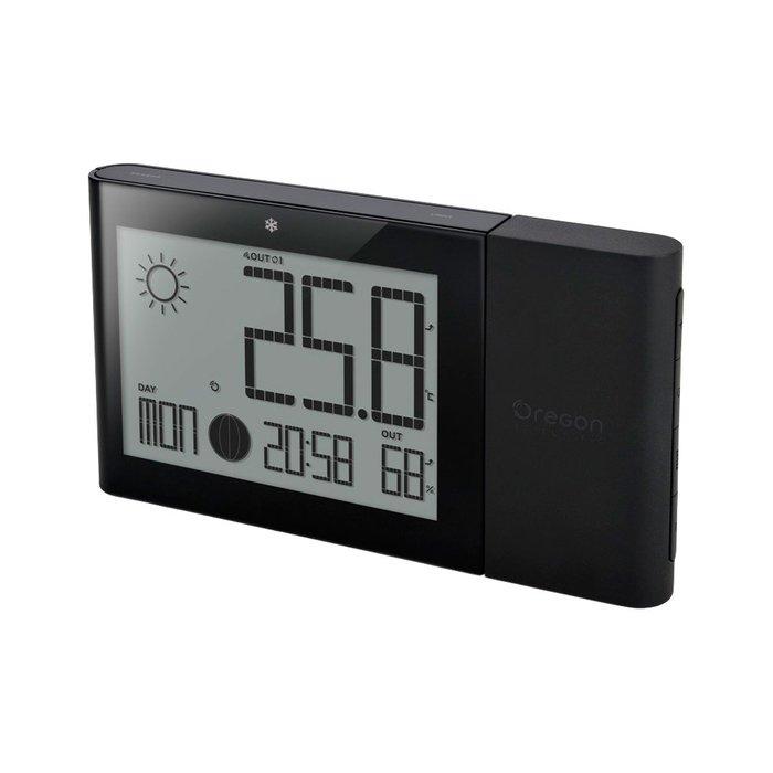 Цифровая метеостанция Oregon BAR268HG-bС радиодатчиком<br>Автоматическая погодная станция&amp;nbsp;Oregon&amp;nbsp;(Орегон)&amp;nbsp;BAR268HG-b&amp;nbsp;&amp;mdash; это стильная, более точная и лаконичная замена привычным термометрам, так как гарантирует вам точное измерение внешней и внутренней температуры воздуха, что позволяет всегда быть в курсе климатических изменений. Беспроводной прибор подскажет вам погоду на ближайшие 12 часов, что позволит лучше планировать свой день. Модель имеет приятную цветную подсветку.<br><br>Страна: США<br>Диапазон темп. t, С: 20+60<br>Диапазон p, мм. рт. ст.: None<br>Диапазон rH, : 2595<br>Разрешение t, С: 0,1<br>Цвет корпуса: Черный<br>Питание, В: Батарейки<br>Колво батареек: 2<br>Тип батарейки: AAA<br>Адаптер к 220В: Нет<br>В комнате t, С: Да<br>За окном t, С: Да<br>Влажность в помещении: Да<br>Влажность за окном: Да<br>Давление: Нет<br>Прогноз погоды: Да<br>Лунный календарь: Нет<br>Размер, мм: 95x175x19<br>Вес, кг: 1<br>Гарантия: 1 год<br>Ширина мм: 175<br>Высота мм: 95<br>Глубина мм: 19