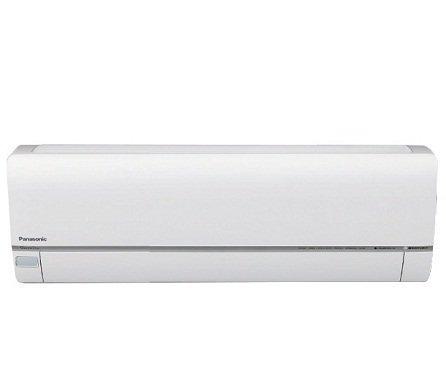 """Настенный кондиционер Panasonic CS-HE7QKD20 м? - 2 кВт<br>Инверторная многофункциональная сплит-система CS-HE7QKD от Panasonic предназначена для эффективного охлаждения и обогрева воздуха и его высокоуровневой очистки. Благодаря инновационным технологиям, использованным при создании CS-HE7QKD, кондиционеру удается выявить и уничтожить самые микроскопические частицы и вирусы, загрязняющие воздух помещения.<br>Основные преимущества настенной сплит-системы серии CS-HE**QKD от компании Panasonic:<br><br>Инверторное управление<br>Система очистки воздуха nanoe-G<br>Сенсор движения ECONAVI<br>Сенсор движения AUTOCOMFORT<br>Функция охлаждения с мягким осушением<br>Функция обогрева при низкой окружающей температуре<br>Бесшумный режим Quiet<br>Режим ускоренного обогрева Powerfull<br>Режим мягкого осушения Soft Dry<br>Создание персонального воздушного потока<br>Горячий запуск Hot Start<br>Таймер включения/выключения<br>Съемная моющаяся передняя панель<br>Техобслуживание с доступом через верхнюю панель<br>Пульт Д/У с ЖК-дисплеем<br>Функция самодиагностики<br>Функция автоматического перезапуска<br>Теплообменник защищен антикоррозийным покрытием<br><br>Кондиционеры этой серии имеют инверторное управление, то есть блок управления из сетевого напряжения формирует постоянный ток, который затем преобразовывается в переменный ток именно такой частоты, которая требуется для нужной скорости вращения двигателя компрессора. Таким образом, инверторная технология позволяет кондиционеру Panasonic радовать Вас свежим прохладным воздухом, потребляя при этом гораздо меньше электроэнергии. Для Вашего комфорта этот кондиционер был оснащен функцией """"горячего запуска"""", поэтому теперь, при включении сплит-системы на обогрев, вентилятор, чтобы не впускать холодный воздух в помещение, не будет включаться до тех пор, пока теплообменник достаточно не прогреется.<br><br><br>Горизонтальная регулировка потока: Нет<br>Страна бренда: Япония<br>Уровень шума, дБа: 45<br>Габариты ВхШхГ, см: 78x54,2x28,9<br>Прои"""