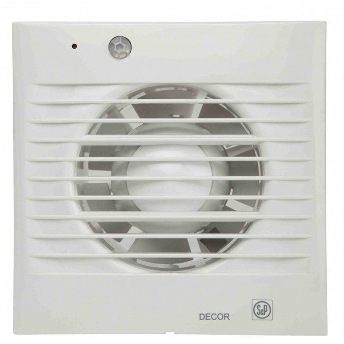 Вентилятор Soler &amp; Palau Decor 100CD ZВытяжки для ванной<br>Soler   Palau Decor 100CD Z представляет собой вытяжной вентилятор от известного испанского производителя. Данная модель исполнена с обратным клапаном, а также укомплектована ИК-датчиком движения, радиус действия которого составляет 4 метра. Помимо этого, шарикоподшипники вентилятора имеют смазку, которой, по утверждению производителя, хватит до конца его службы!<br>Особенности и преимущества вентиляторов Soler   Palau представленной серии:<br><br>Предназначены для решения проблем вентиляции в ванных комнатах, санузлах и других небольших помещениях.<br>Могут устанавливаться на стене или потолке.<br>Обладают компактной конструкцией, привлекательным внешним видом и низким уровнем шума.<br>Двигатель класс II, IP44, имеет защиту от попадания влаги и перегрева.<br>В комплекте к вентилятору поставляются крепежи и уплотнительная полоска.<br>При изготовлении учитывались международные стандарты ISO9001.<br><br>Модификации:<br><br>S&amp;nbsp;- Стандартная модель данной серии.<br>C&amp;nbsp;- Модель оснащена клапаном обратного хода.<br>Z&amp;nbsp;- Модель оснащена шарикоподшипниками со смазкой достаточной до конца срока службы (до 30.000 часов). Специально рекомендуется для установки в жилых домах, торговых и промышленных помещениях, обладающих повышенной опасностью коррозии.<br>R&amp;nbsp;- Модель оснащена регулируемым таймером, который после выключения индикатора поддерживает работу вентилятора на протяжении нескольких минут.<br>H&amp;nbsp;- Модель оснащена датчиком влажности.<br>D&amp;nbsp;- Модель оснащена пассивным приемником инфракрасного излучения с радиусом приема 4 м.<br><br>Накладные вентиляторы Soler   Palau серии Decor &amp;mdash; это широкий модельный ряд приборов для бытовых и коммерческих помещений. Семейство представлено моделями с различной комплектацией: стандартными, оснащенными таймером, датчиком влажности, ИК-приемником. Серия включает вытяжные накладные вентиляторы трех типоразмеров: для возд