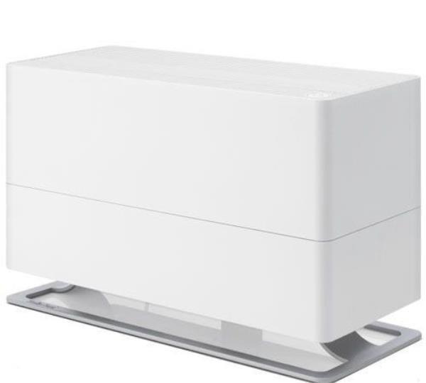 Увлажнитель воздуха Stadler Form O-040ORТрадиционные<br>Увлажнитель воздуха Stadler Form O-040OR способен быстро установить в помещении площадью 100 квадратных метров оптимальный уровень влажности. Корпус этого увлажнителя выполнен в стильном дизайне, превращающий этот прибор в изысканный элемент декора в интерьере. Высокая производительность при низком энергопотреблении делает эту модель чрезвычайно экономичной.<br>Особые преимущества увлажнителей воздуха Stadler Form:<br><br>Подходит для больших помещений около<br>Бактерицидный картридж Silver Cube<br>Новые текстильные фильтры из экологичного материала с антибактериальной пропиткой<br>Автоматическое отключение при окончании воды<br>Индикатор замены фильтров<br>Ночной режим<br>Емкость для ароматизатора<br>Низкая потребляемая мощность<br>Малый вес<br>Компактные размеры<br>Высокий расход воды<br>Низкий уровень шума<br>Материал корпуса: пластик<br>Основание: металл\цинк<br>Современный дизайн<br><br>Увлажнитель воздуха является незаменимым помощником в поддержании здоровой атмосферы. Увлажнитель производства швейцарской компании Stadler Form (Штадлер Форм) серии Oskar Original имеет вместительную емкость для воды и высокий уровень парообразования, благодаря чему он способен очень быстро повысить уровень влажности воздуха в большом помещении.<br><br>Страна: Швейцария<br>Производитель: Швейцария<br>Площадь, м?: 100<br>Площадь по очистке, м?: None<br>Воздухообмен, мsup3;/ч: None<br>Колво режимов работы: 4<br>Обьем бака, л: 6<br>Расход воды, мл/ч: 700<br>Уровень шума, дБа: 46<br>Питание, В: 12/220<br>Мощность, Вт: 30<br>Гигростат: Нет<br>Гигрометр: Нет<br>Габариты ВхШхГ, см: 20x29x47<br>Вес, кг: 5<br>Гарантия: 1 год<br>Ширина мм: 290<br>Высота мм: 200<br>Глубина мм: 470