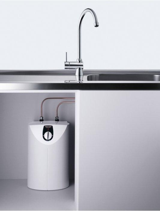 Электрический накопительный водонагреватель Stiebel Eltron SHU 10 SLi10 литров<br>Производительный и экономичный, компактный, удобный водонагревательный прибор емкостного типа Stiebel Eltron SHU 10 SLi имеет верхнюю подводку для монтажа под раковиной. Рассматриваемая модель водонагревателя оснащена баком на 10 литров, что достаточно для обеспечения горячей водой в нужном количестве кухонной мойки или умывальника в ванной комнате.<br>Основные характеристики представленной модели:<br><br>снабжение горячей водой нескольких (или одной) точек водоразбора;<br>монтаж над или под раковиной (в зависимости от модели);<br>наличие ограничителя температур;<br>стальной бак с эмалированным покрытием;<br>сменный анод (антикоррозийный);<br>наличие регулятора температур, индикатора режимов работы;<br>наличие защиты от перегрева;<br>защита от замерзания;<br>KV 30 (группа безопасности) заказывается отдельно;<br>защита от брызг IP 24;<br>безопасная экологически теплоизоляция;<br>гарантия качества от производителя.<br><br>Линейка компактных водонагревателей накопительного типа SHU SL от компании Stiebel Eltron идеально подходят для обеспечения горячей водой нескольких разборных точек. Есть возможность плавно регулировать температуру в диапазоне от 35  C до 82  C посредством бесступенчатого поворотного переключателя. Модельный ряд оснащен сигнальным индикатором, который включается, если приборы находится в стадии нагрева. Стоит сказать, что вместе с группой безопасности SVMT (приобретается отдельно) водонагреватели можно устанавливать с любой водоразборной арматурой напорного типа.<br><br>Страна: Германия<br>Производитель: Германия<br>Способ нагрева: Электрический<br>Нагревательный элемент: Трубчатый<br>Объем, л: 10<br>Темп. нагрева, С: 80<br>Мощность, кВт: 2,0<br>Напряжение сети, В: 220 В<br>Плоский бак: Да<br>Узкий бак Slim: Нет<br>Магниевый анод: Да<br>Колво ТЭНов: 1<br>Дисплей: Нет<br>Сухой ТЭН: Нет<br>Защита от перегрева: Есть<br>Покрытие бака: Эмаль<br>Тип установки: Вертикальная<br
