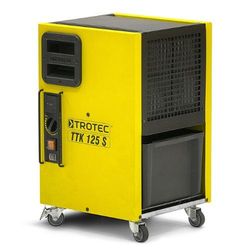 Осушитель воздуха TROTEC TTK 125 S&lt; 30 литров<br>TROTEC TTK 125 S &amp;ndash; это современный мощный воздухоочиститель немецкого производства профессионального класса, который легко справляется со своей задачей даже в неблагоприятных эксплуатационных условиях. Корпус представленной модели отлично защищен от проникновения влаги и посторонних предметов, благодаря чему внутренние комплектующие не подвержены негативному воздействию.<br>Особенности и преимущества профессиональных установок для осушки воздуха TROTEC серии TTK-S:<br><br>Оптимально подходят для сушки воздуха для сменяемых мест эксплуатации даже в суровых условиях.<br>Разработка, дизайн, изготовление: 100 % Trotec.<br>Герметичная конструкция надежно защищает электронные приборы установки от вредных отложений.<br>Два паза осуществляют надежную и компактную укладку равных по размеру приборов TTK-S.<br>Высокая мощность осушки даже при низких температурах.<br>Максимальная защита различных электронных приборов от пыли и влаги.<br>Простая в обслуживании модель.<br>Оптимальные погрузочно-разгрузочные свойства.<br>Благодаря поршневому компрессору легко транспортируется в любом положении.<br>Отлично подходит для надежного и компактного хранения, транспортировки.<br>Компактная установка в комбинации с моделями равного размера.<br>Практичный немецкий дизайн &amp;ndash; безопасная промышленная модель.<br>Обладают отличной компактностью.<br><br>Опциональная комплектация:<br><br>Конденсатный насос, максимальная высота подачи 4 м.<br>Защитный колпачок.<br><br>Мощные и экономичные осушители воздуха серии TTK-S от торговой марки TROTEC выполнены в функциональном компактном дизайне и отлично подходят для решения даже сложных задач в экстремальных условиях. Среди преимуществ также стоит выделить легкий доступ к ключевым элементам агрегатов и простоту сервисного обслуживания. Все приборы серии оснащены передовой системой терморегуляции, что гарантирует эффективную работу.&amp;nbsp;<br><br>Страна: Германия<br>Производитель: Г